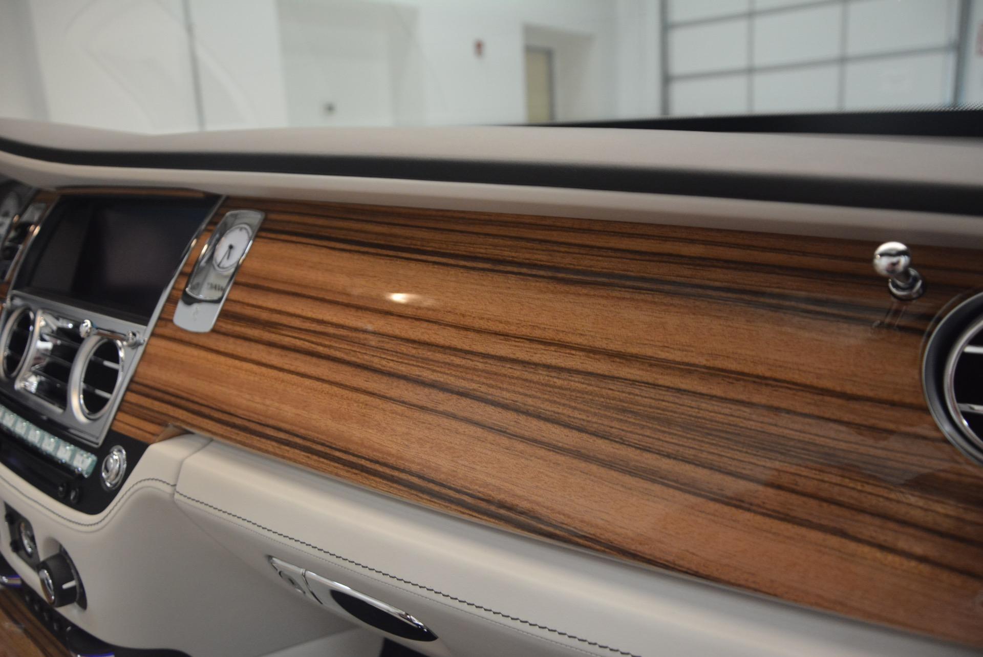 Used 2016 Rolls-Royce Dawn  For Sale In Greenwich, CT. Alfa Romeo of Greenwich, B1226A 1283_p49