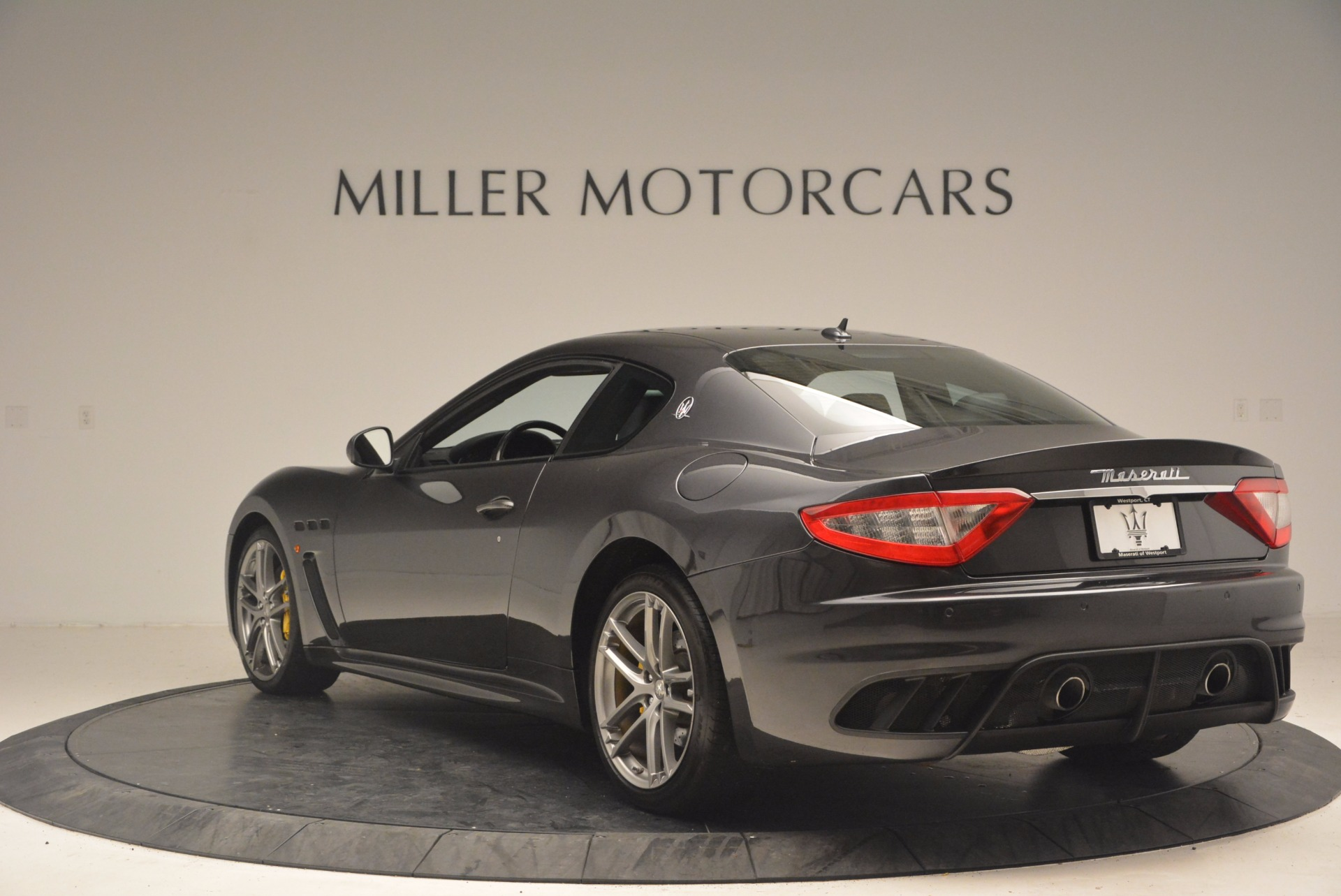Used 2012 Maserati GranTurismo MC For Sale In Greenwich, CT. Alfa Romeo of Greenwich, U104 1284_p5