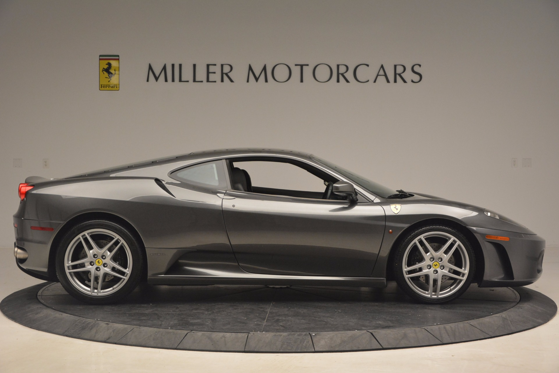 Used 2005 Ferrari F430 6-Speed Manual For Sale In Greenwich, CT. Alfa Romeo of Greenwich, 4391 1286_p9