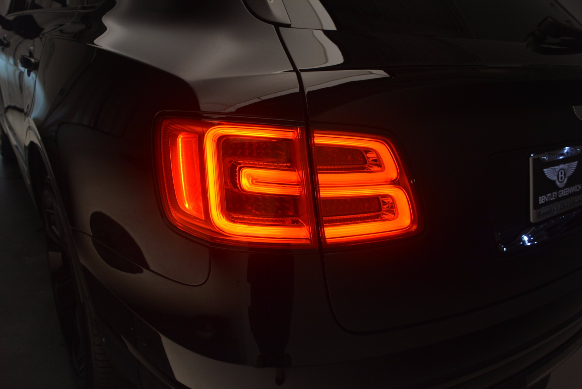 New 2018 Bentley Bentayga Black Edition For Sale In Greenwich, CT. Alfa Romeo of Greenwich, B1263 1287_p25