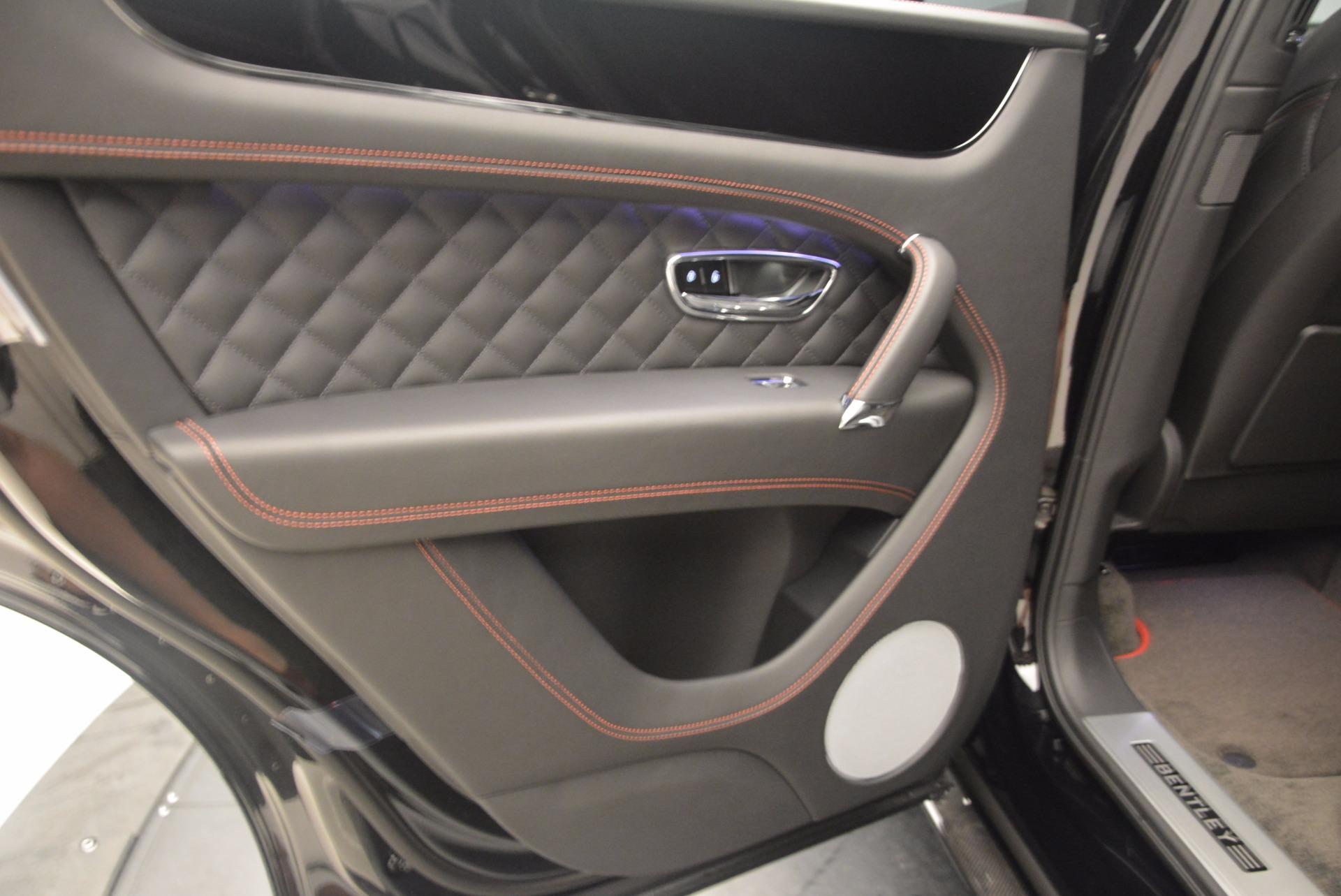 New 2018 Bentley Bentayga Black Edition For Sale In Greenwich, CT. Alfa Romeo of Greenwich, B1263 1287_p31