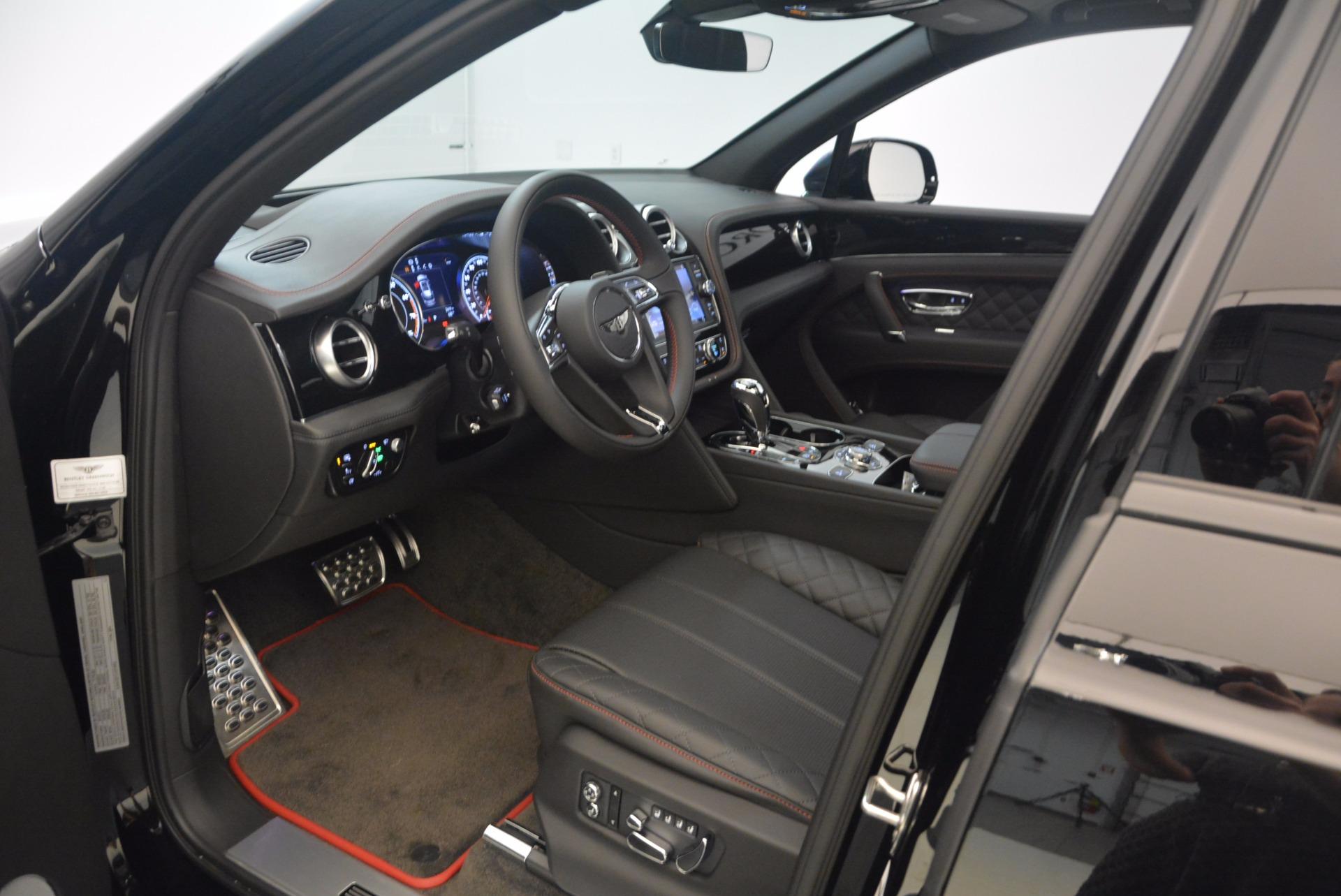 New 2018 Bentley Bentayga Black Edition For Sale In Greenwich, CT. Alfa Romeo of Greenwich, B1263 1287_p32