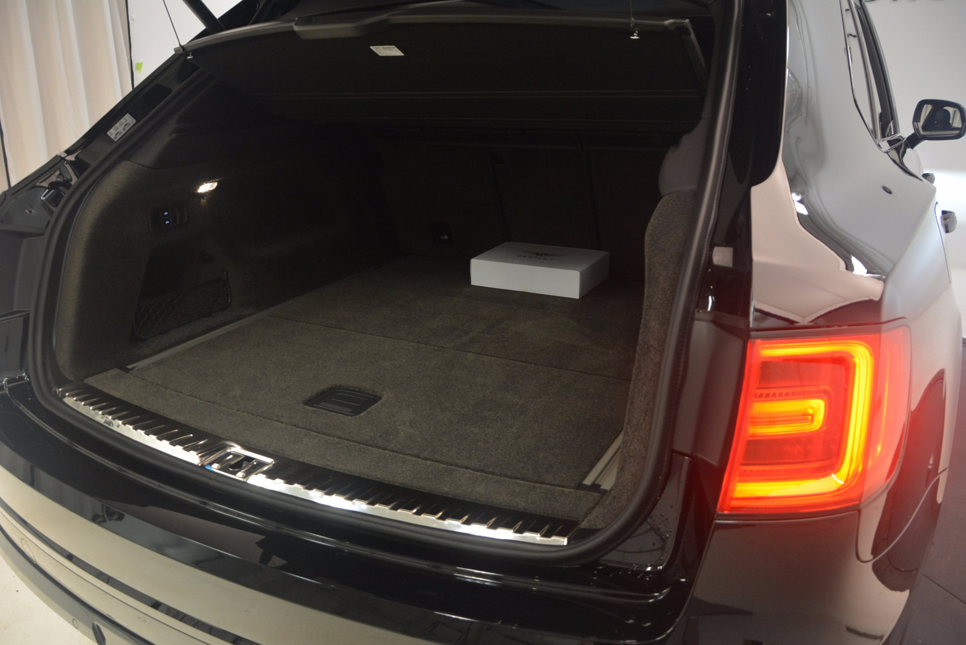 New 2018 Bentley Bentayga Black Edition For Sale In Greenwich, CT. Alfa Romeo of Greenwich, B1263 1287_p52