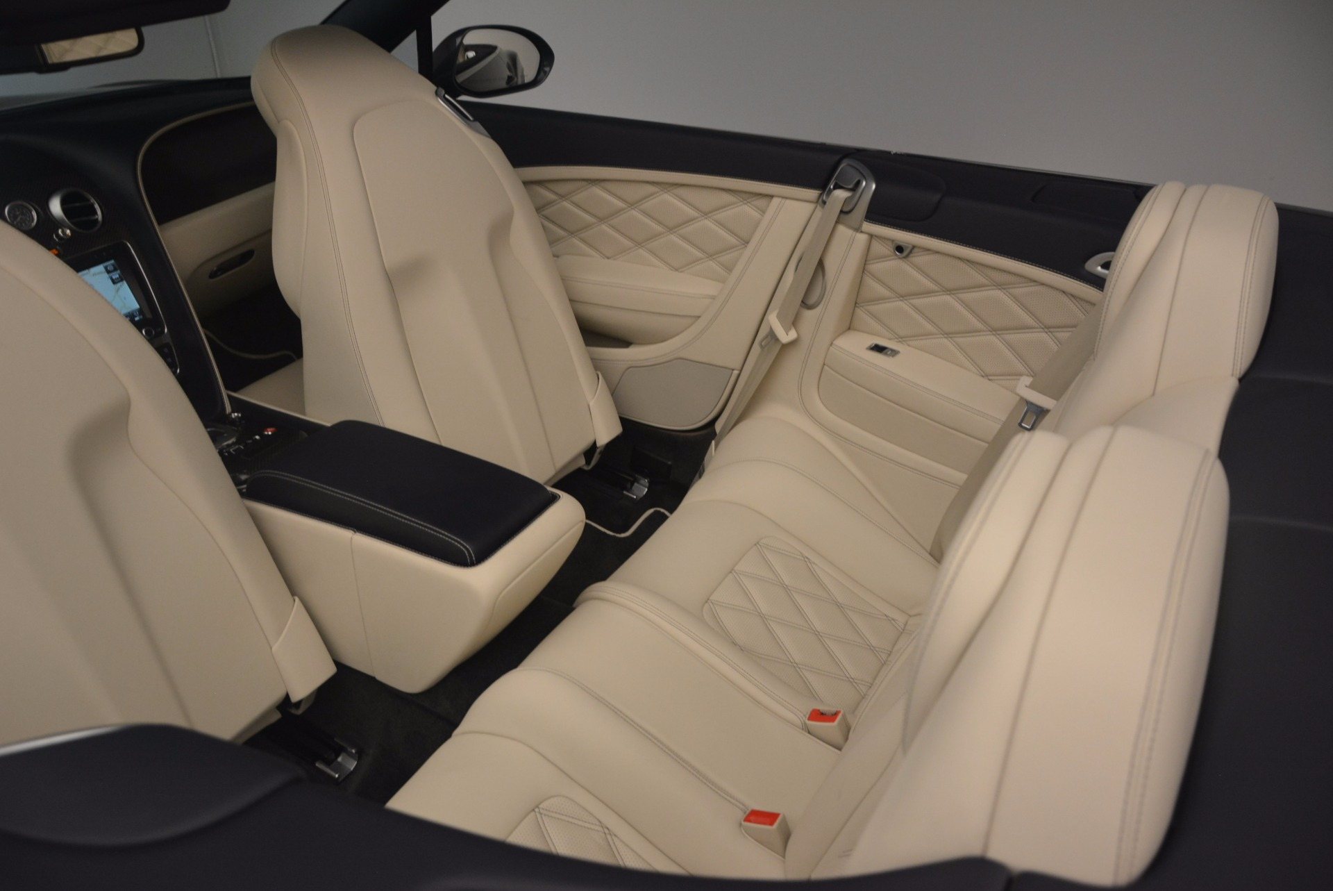 Used 2013 Bentley Continental GT V8 Le Mans Edition, 1 of 48 For Sale In Greenwich, CT. Alfa Romeo of Greenwich, 7226 1288_p47