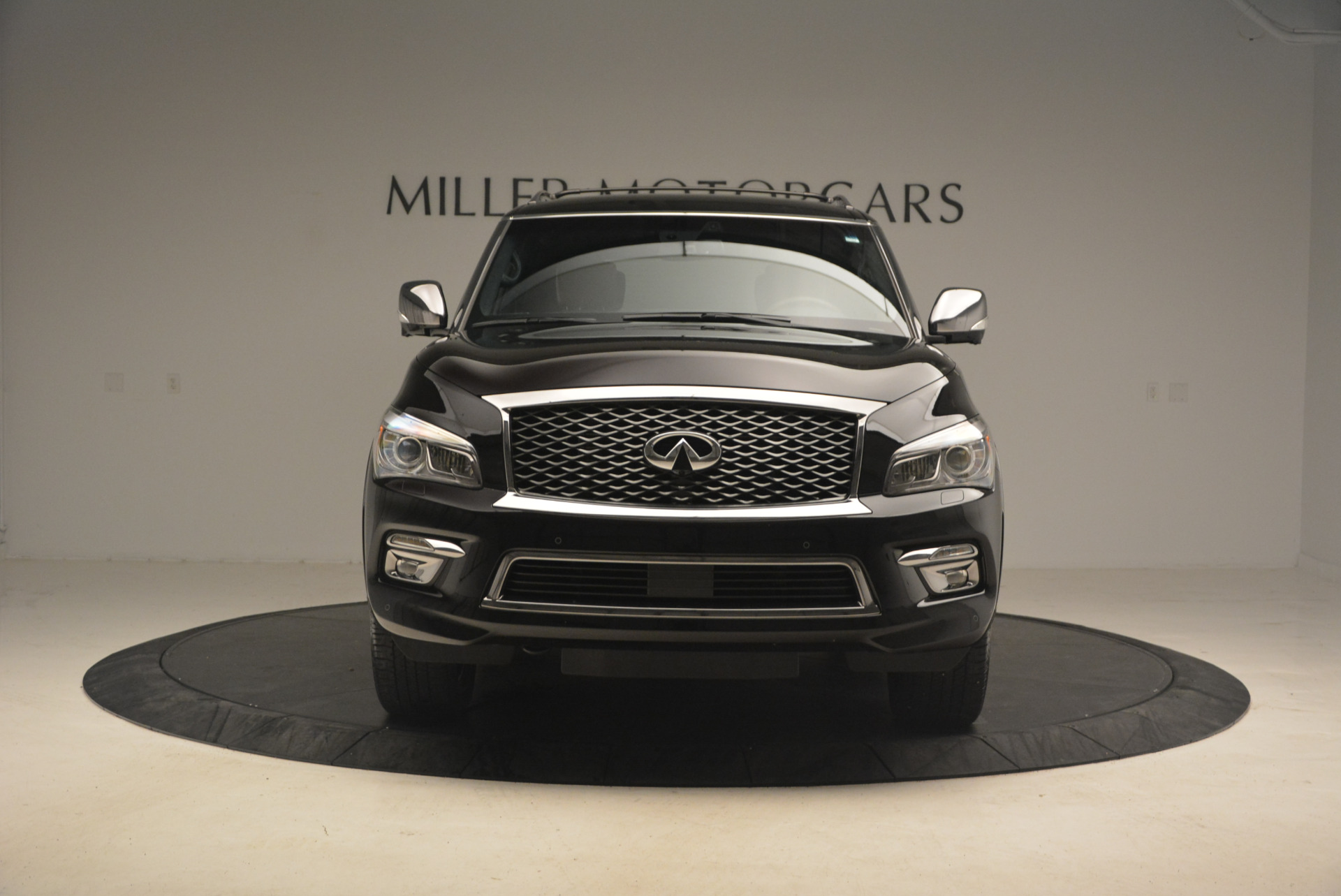 Used 2015 INFINITI QX80 Limited 4WD For Sale In Greenwich, CT. Alfa Romeo of Greenwich, M1726A 1289_p12