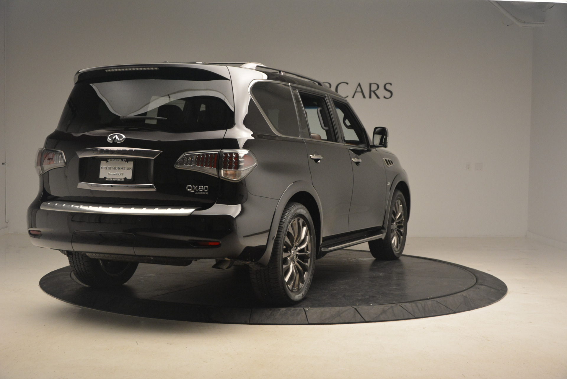 Used 2015 INFINITI QX80 Limited 4WD For Sale In Greenwich, CT. Alfa Romeo of Greenwich, M1726A 1289_p7