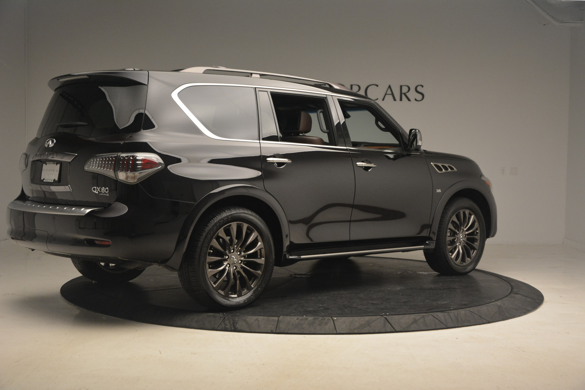 Used 2015 INFINITI QX80 Limited 4WD For Sale In Greenwich, CT. Alfa Romeo of Greenwich, M1726A 1289_p8