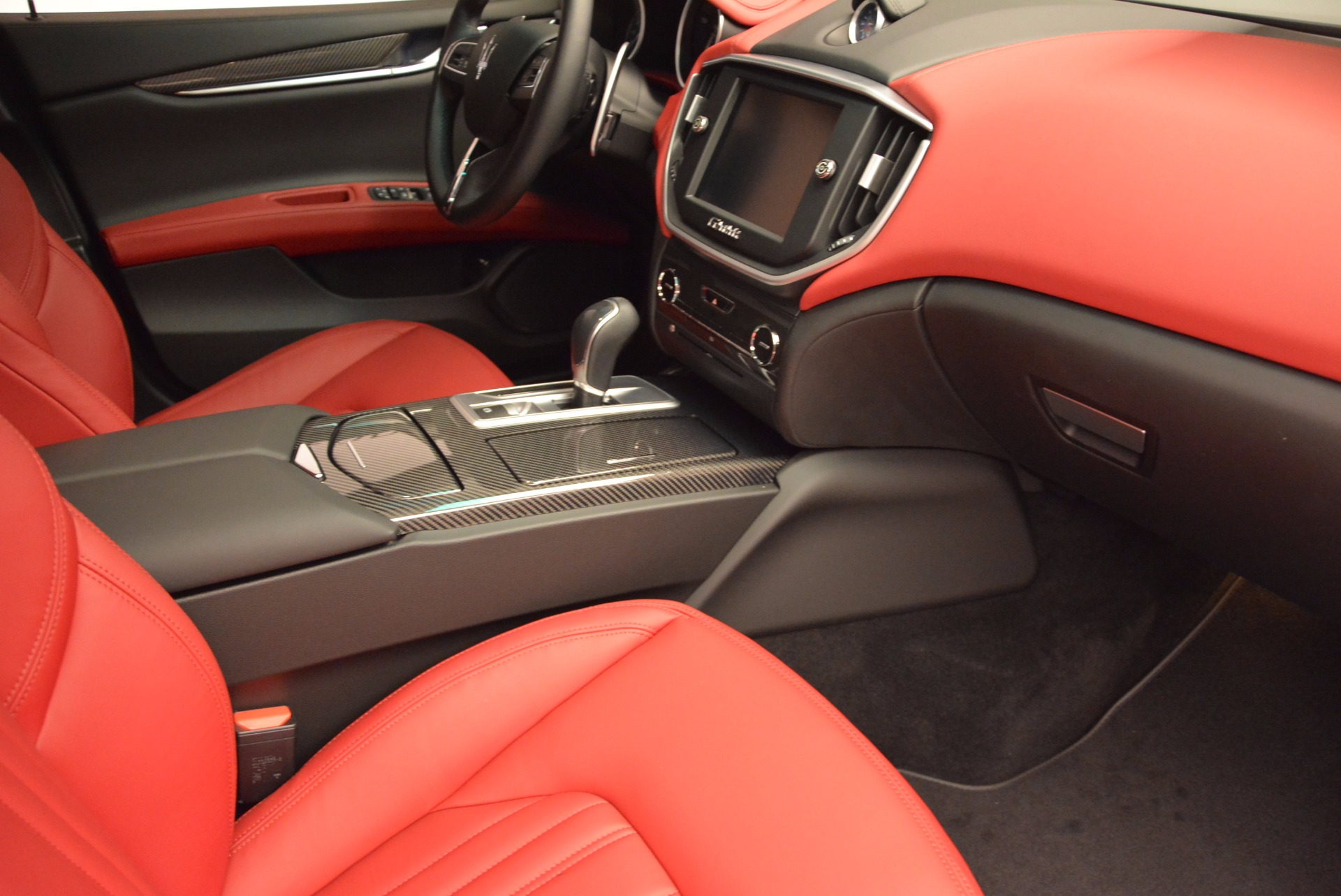 Used 2015 Maserati Ghibli S Q4 For Sale In Greenwich, CT. Alfa Romeo of Greenwich, M1452A 1290_p20