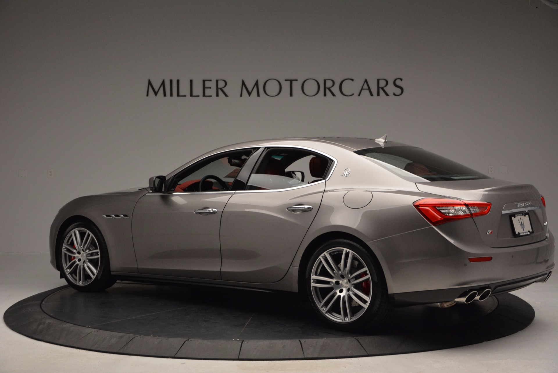 Used 2015 Maserati Ghibli S Q4 For Sale In Greenwich, CT. Alfa Romeo of Greenwich, M1452A 1290_p4