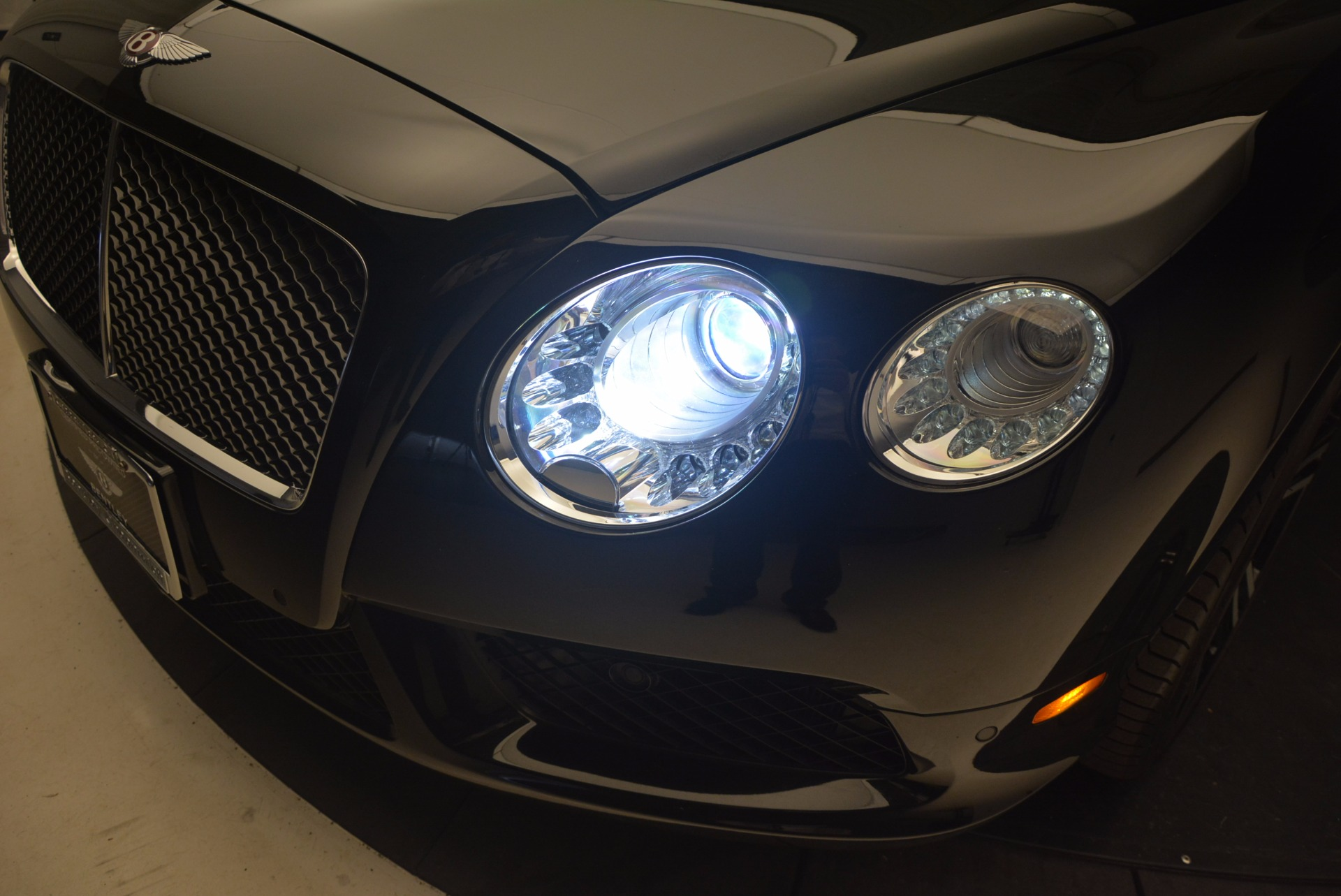 Used 2013 Bentley Continental GT V8 For Sale In Greenwich, CT. Alfa Romeo of Greenwich, 7229 1291_p16