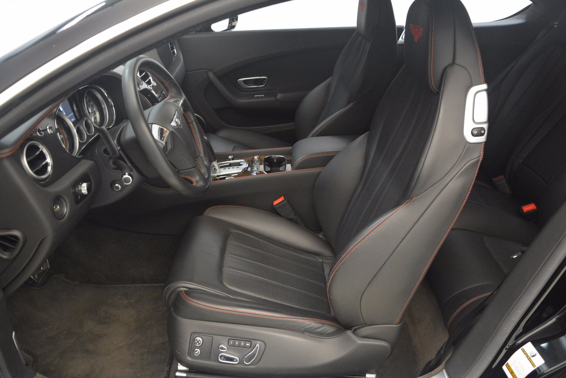 Used 2013 Bentley Continental GT V8 For Sale In Greenwich, CT. Alfa Romeo of Greenwich, 7229 1291_p22