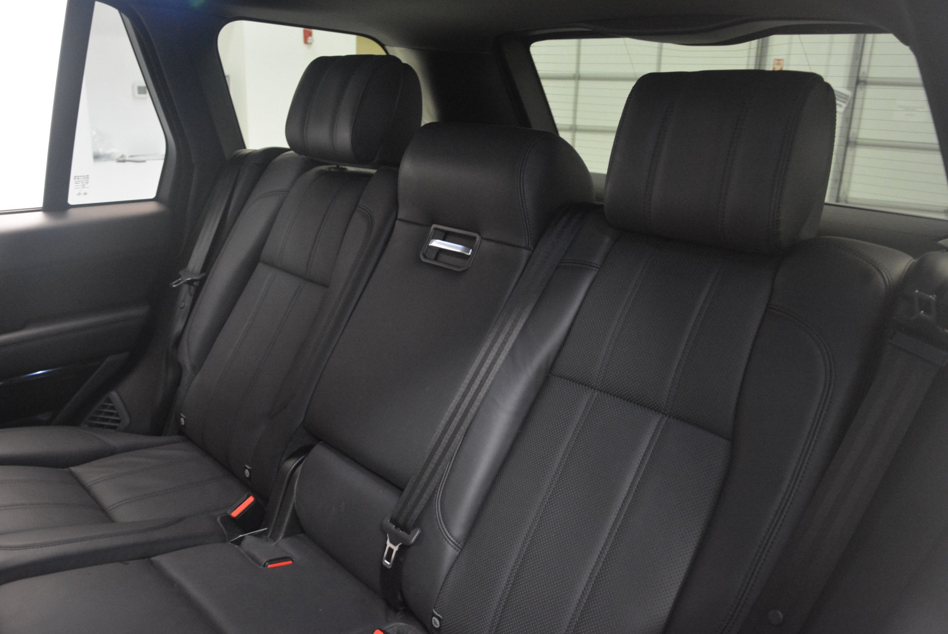 Used 2015 Land Rover Range Rover Supercharged For Sale In Greenwich, CT. Alfa Romeo of Greenwich, B1265A 1292_p25