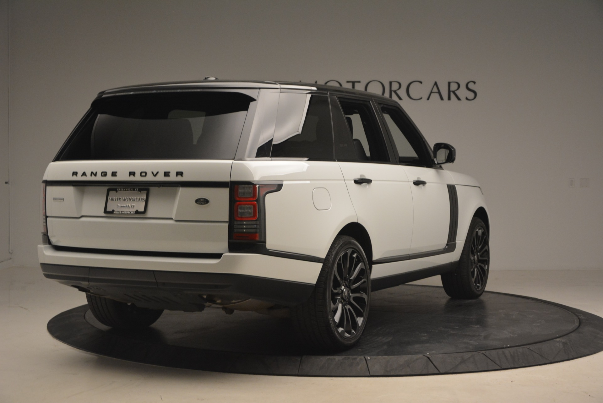 Used 2015 Land Rover Range Rover Supercharged For Sale In Greenwich, CT. Alfa Romeo of Greenwich, B1265A 1292_p7