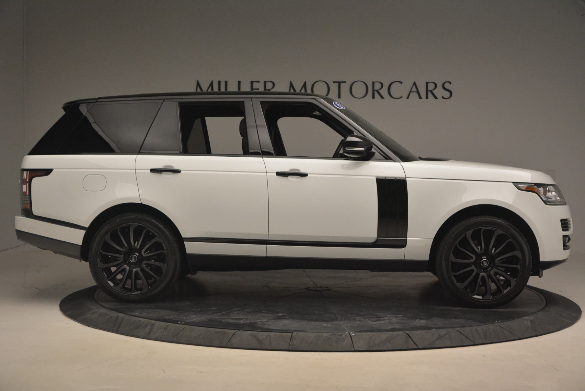 Used 2015 Land Rover Range Rover Supercharged For Sale In Greenwich, CT. Alfa Romeo of Greenwich, B1265A 1292_p9