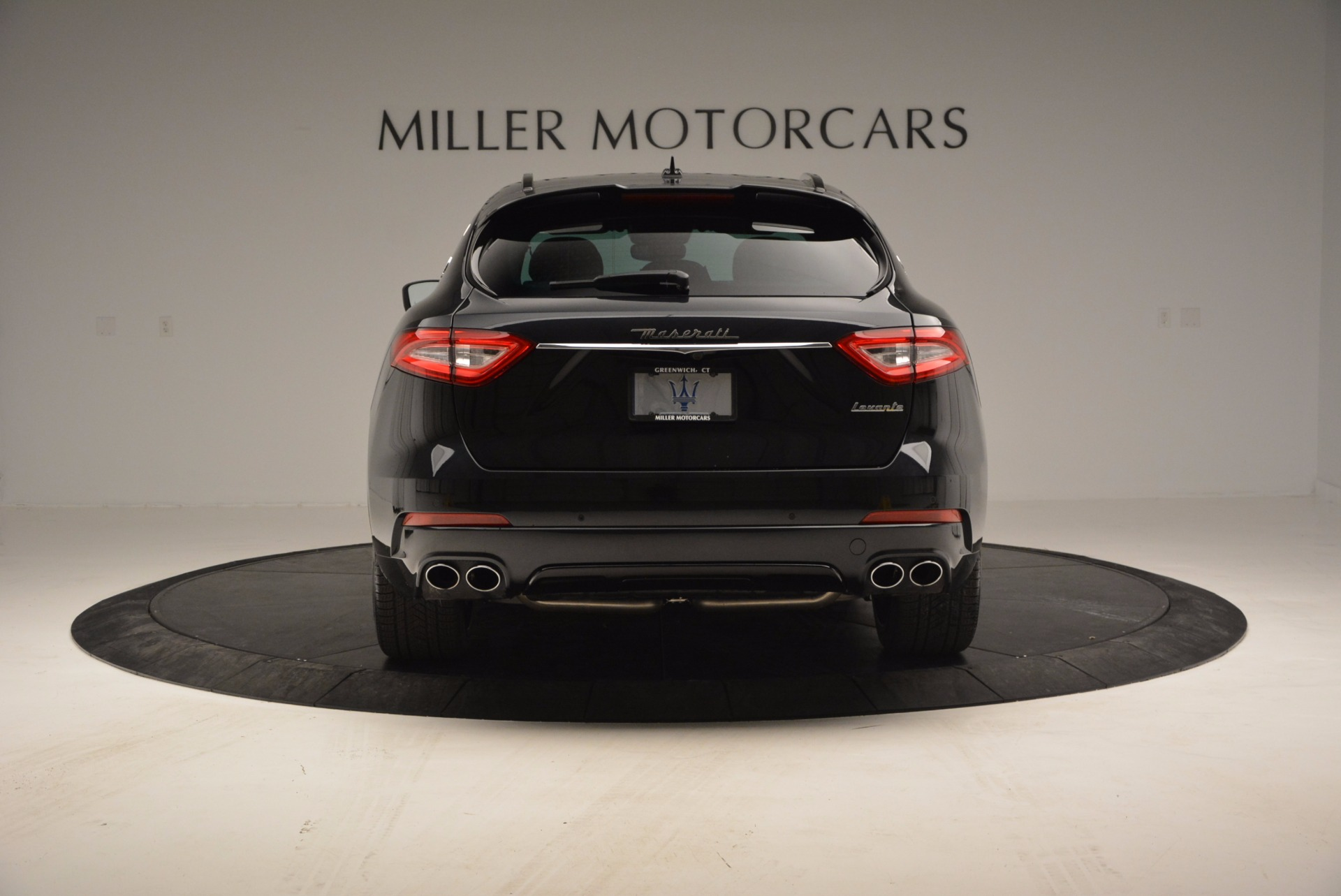 New 2017 Maserati Levante  For Sale In Greenwich, CT. Alfa Romeo of Greenwich, M1886 1301_p6