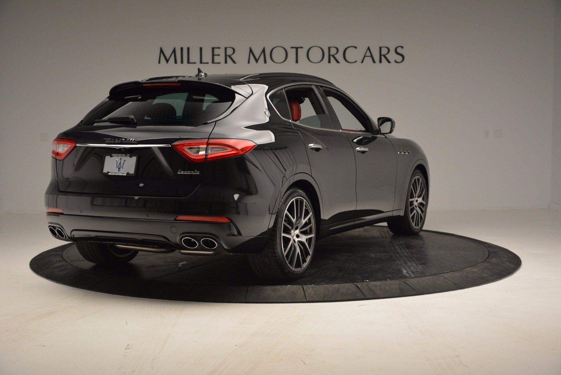 New 2017 Maserati Levante  For Sale In Greenwich, CT. Alfa Romeo of Greenwich, M1886 1301_p7