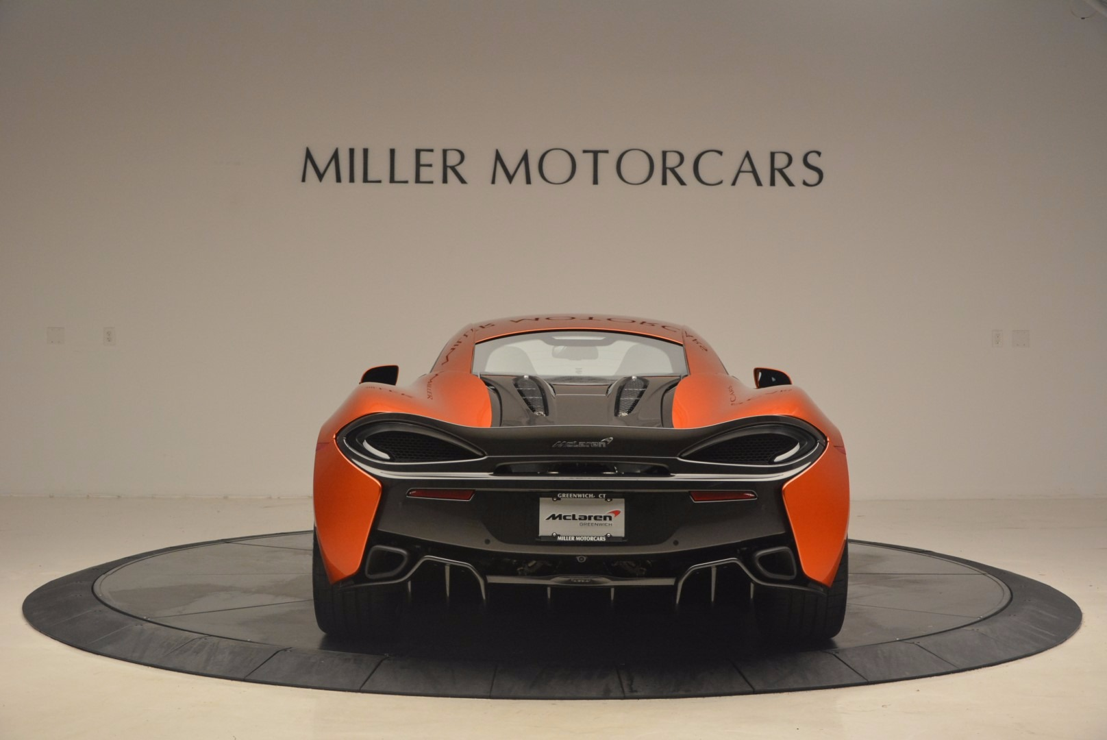 Used 2017 McLaren 570S  For Sale In Greenwich, CT. Alfa Romeo of Greenwich, MC299 1304_p6
