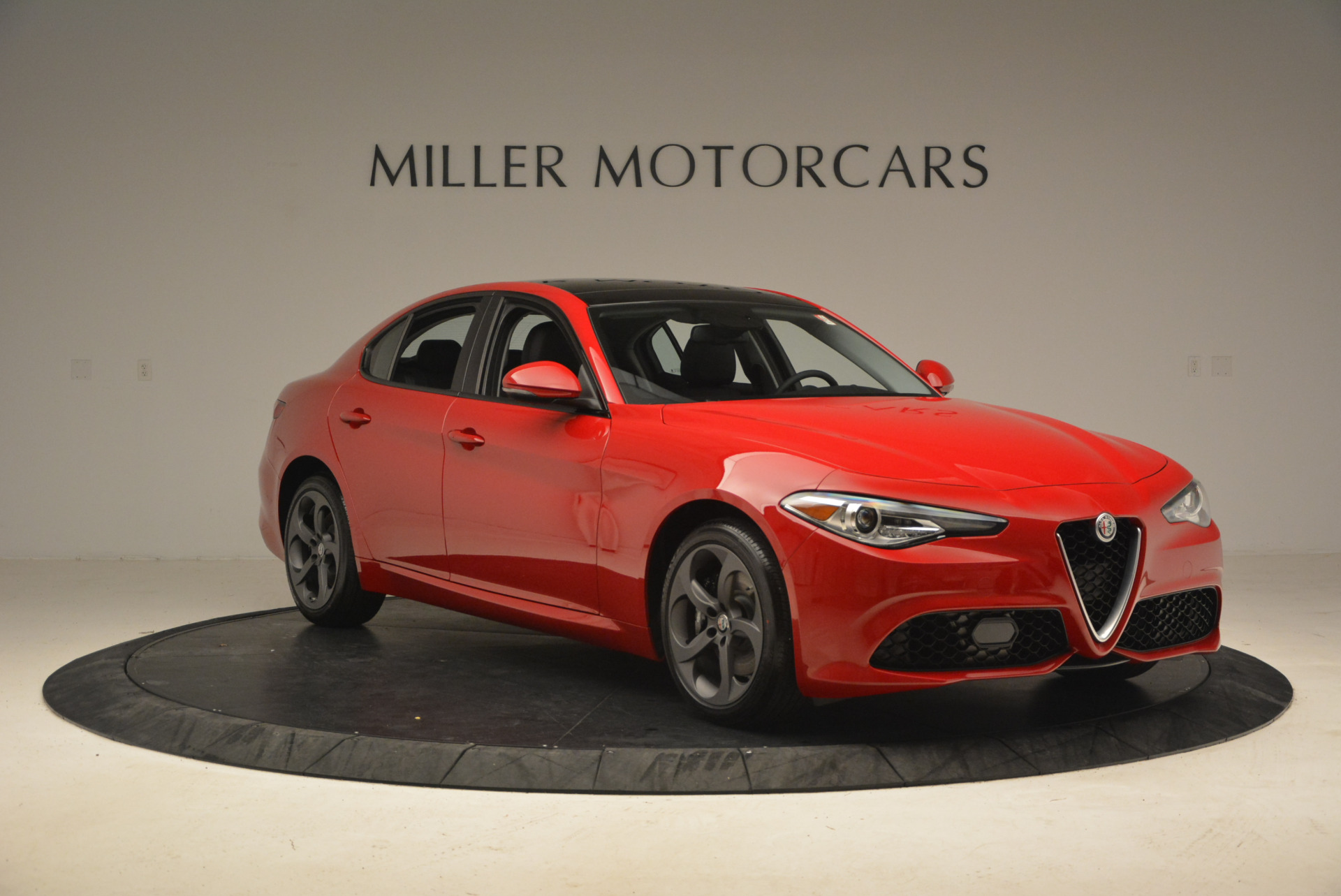 New 2017 Alfa Romeo Giulia Q4 For Sale In Greenwich, CT. Alfa Romeo of Greenwich, L131 1311_p13