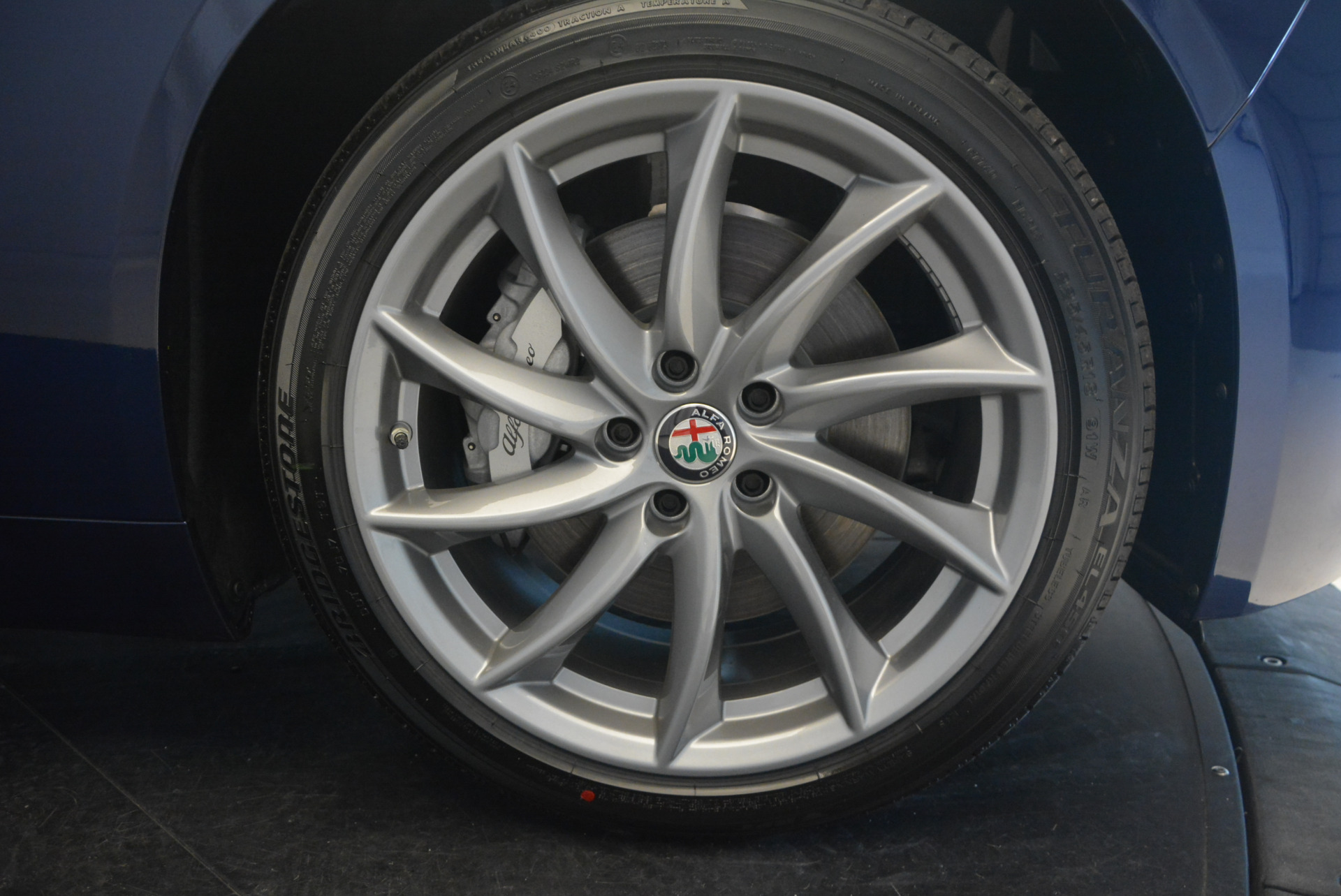 New 2017 Alfa Romeo Giulia Q4 For Sale In Greenwich, CT. Alfa Romeo of Greenwich, LW020 1318_p21