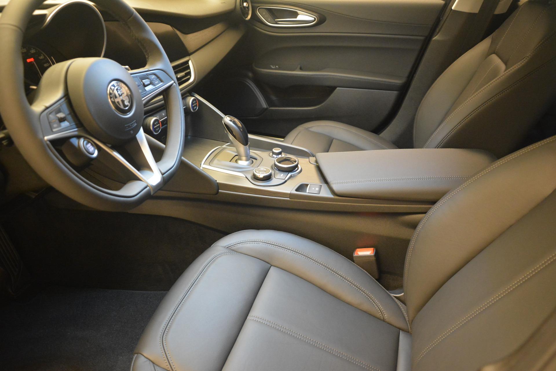 New 2017 Alfa Romeo Giulia Q4 For Sale In Greenwich, CT. Alfa Romeo of Greenwich, L143 1319_p14