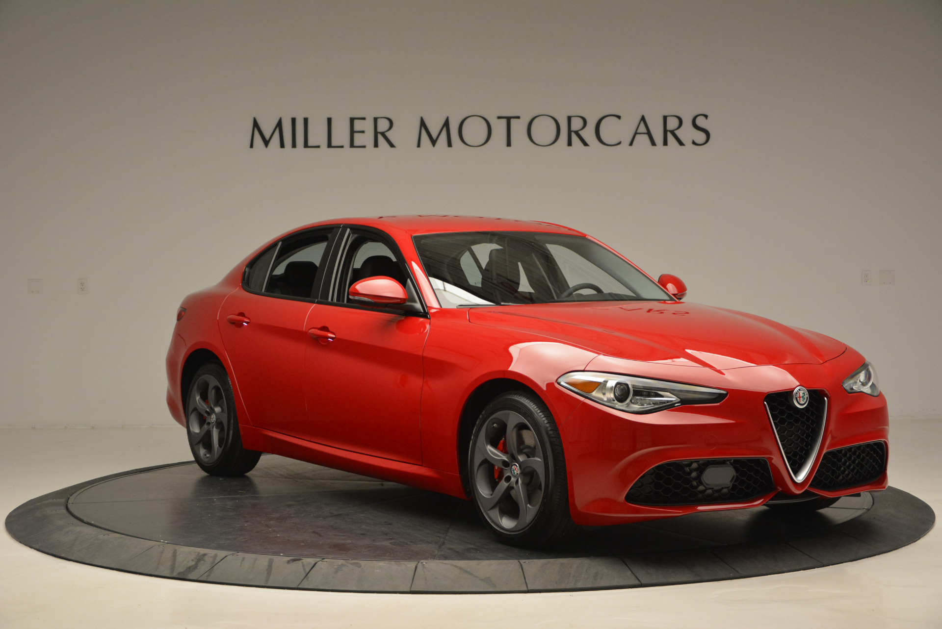 New 2017 Alfa Romeo Giulia Sport Q4 For Sale In Greenwich, CT. Alfa Romeo of Greenwich, L149 1323_p11