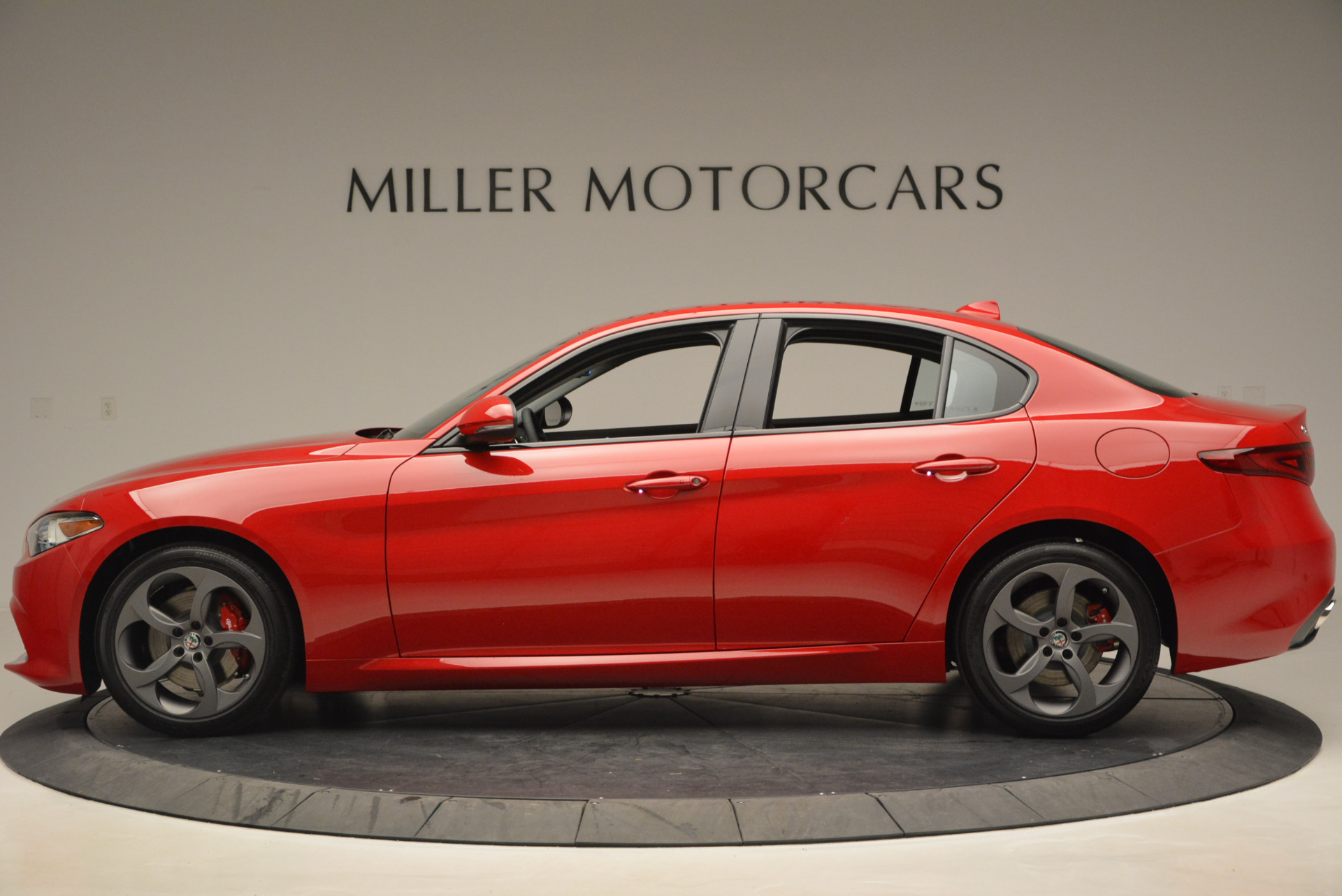New 2017 Alfa Romeo Giulia Sport Q4 For Sale In Greenwich, CT. Alfa Romeo of Greenwich, L149 1323_p3