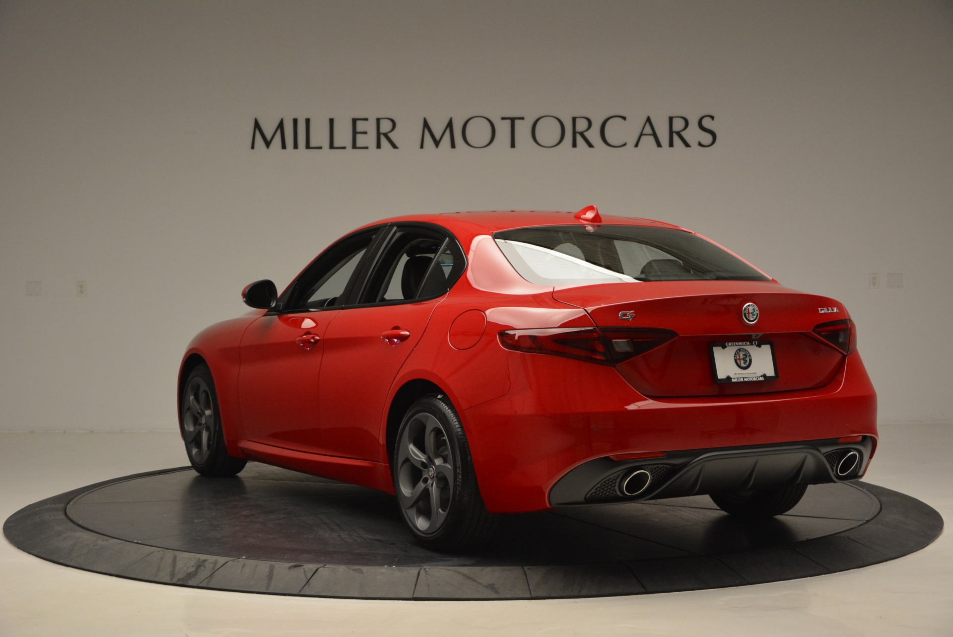 New 2017 Alfa Romeo Giulia Sport Q4 For Sale In Greenwich, CT. Alfa Romeo of Greenwich, L149 1323_p5