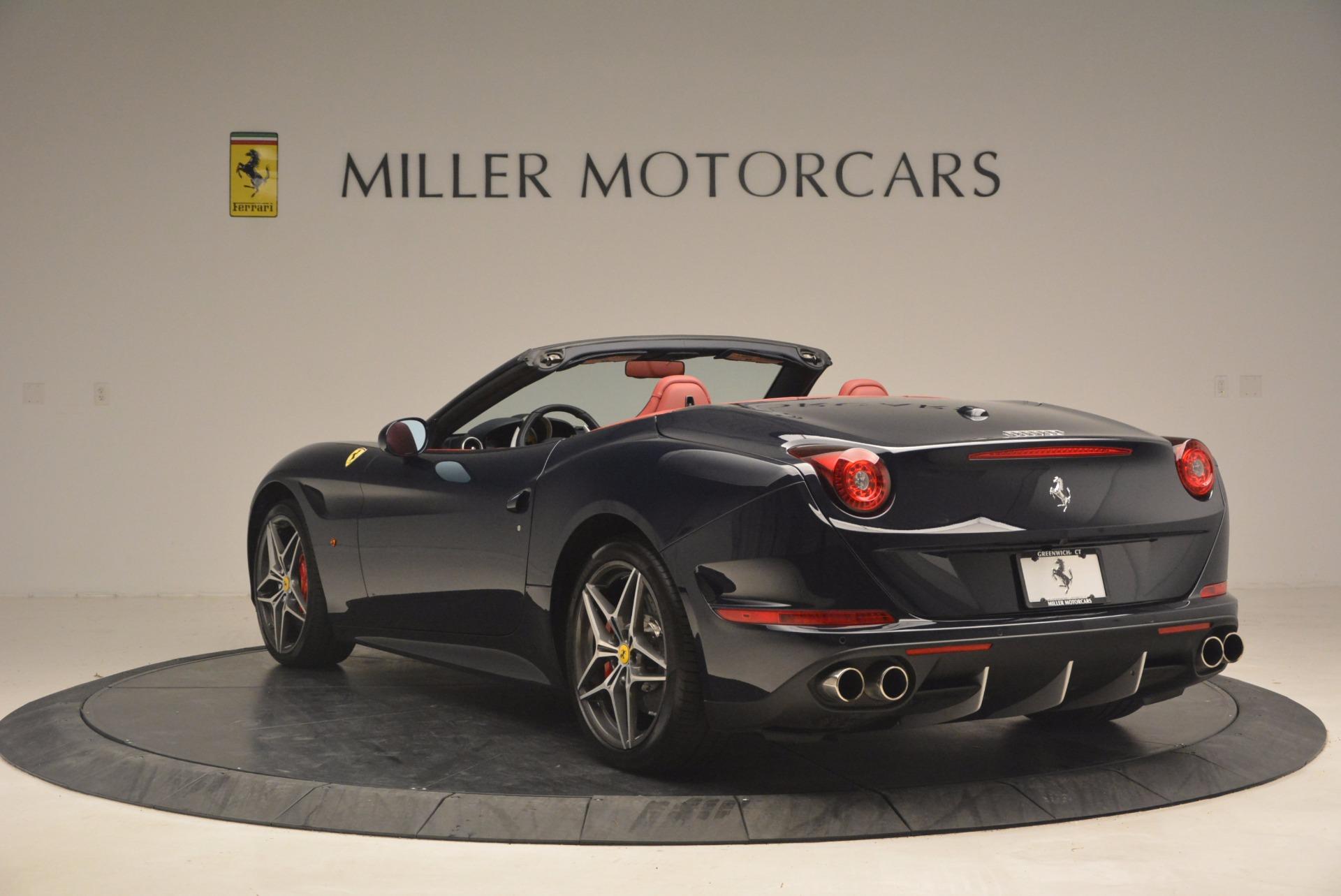 Used 2017 Ferrari California T  For Sale In Greenwich, CT. Alfa Romeo of Greenwich, F1778B 1330_p5