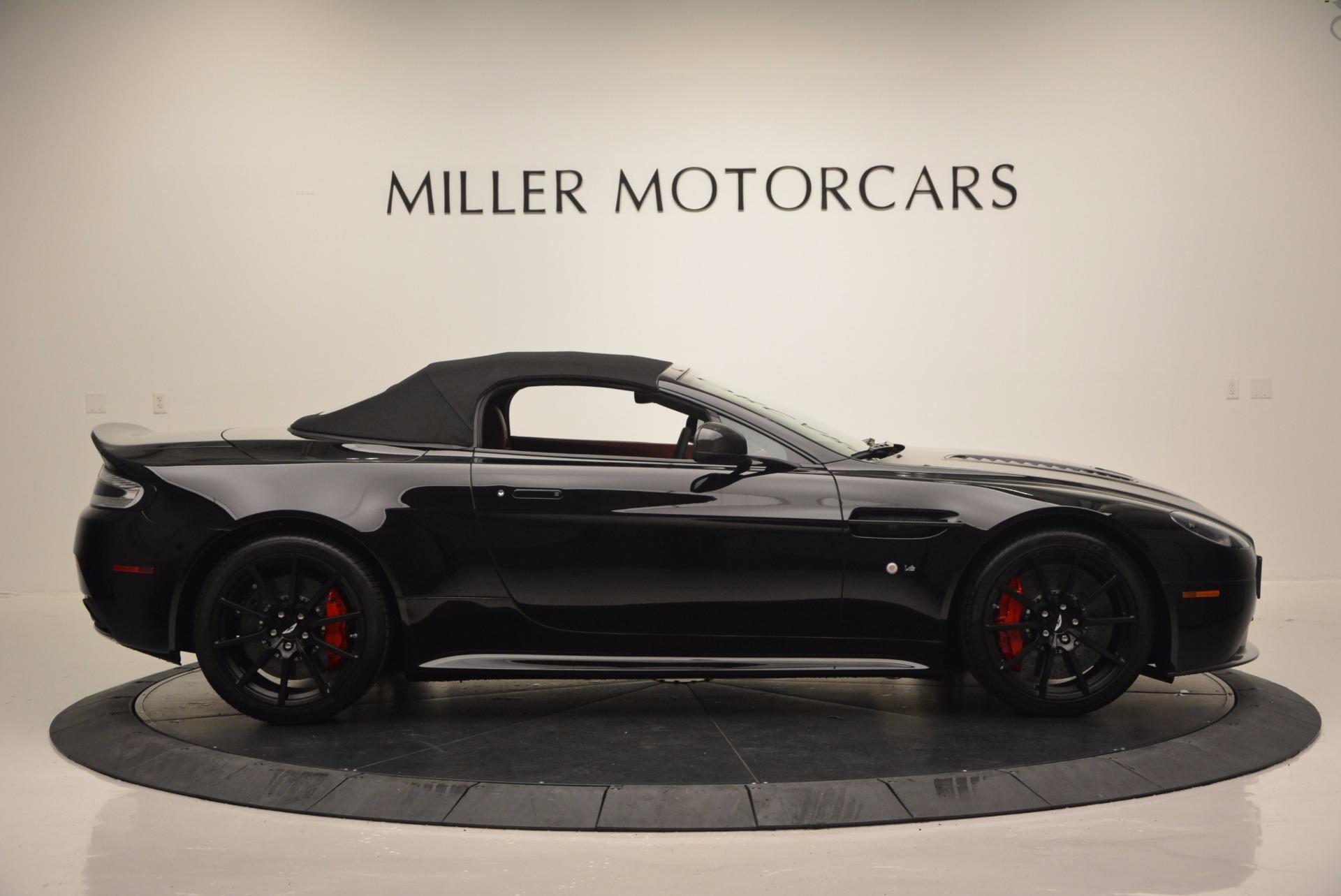Used 2015 Aston Martin V12 Vantage S Roadster For Sale In Greenwich, CT. Alfa Romeo of Greenwich, 7227 1335_p15
