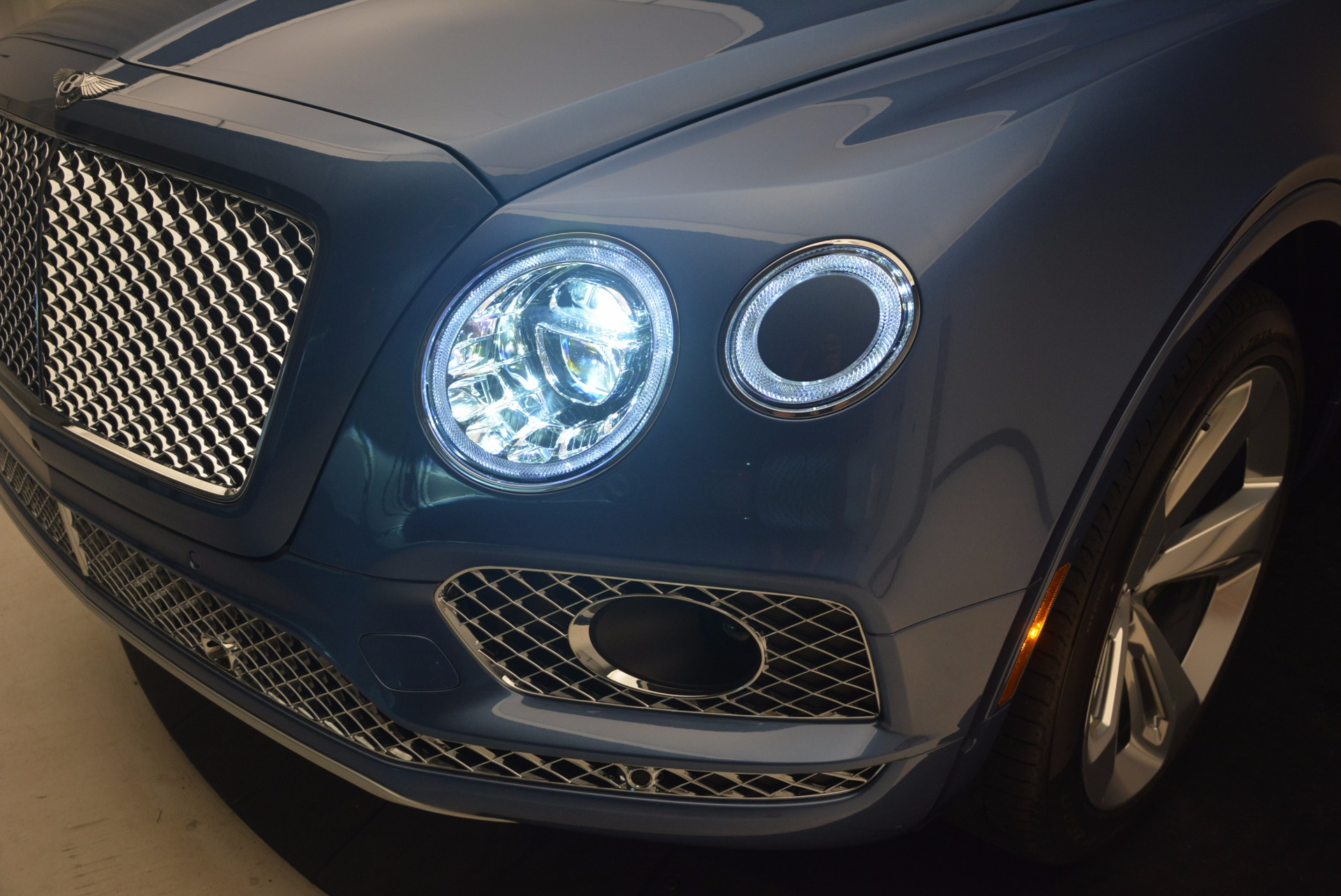 New 2018 Bentley Bentayga  For Sale In Greenwich, CT. Alfa Romeo of Greenwich, B1271 1342_p16