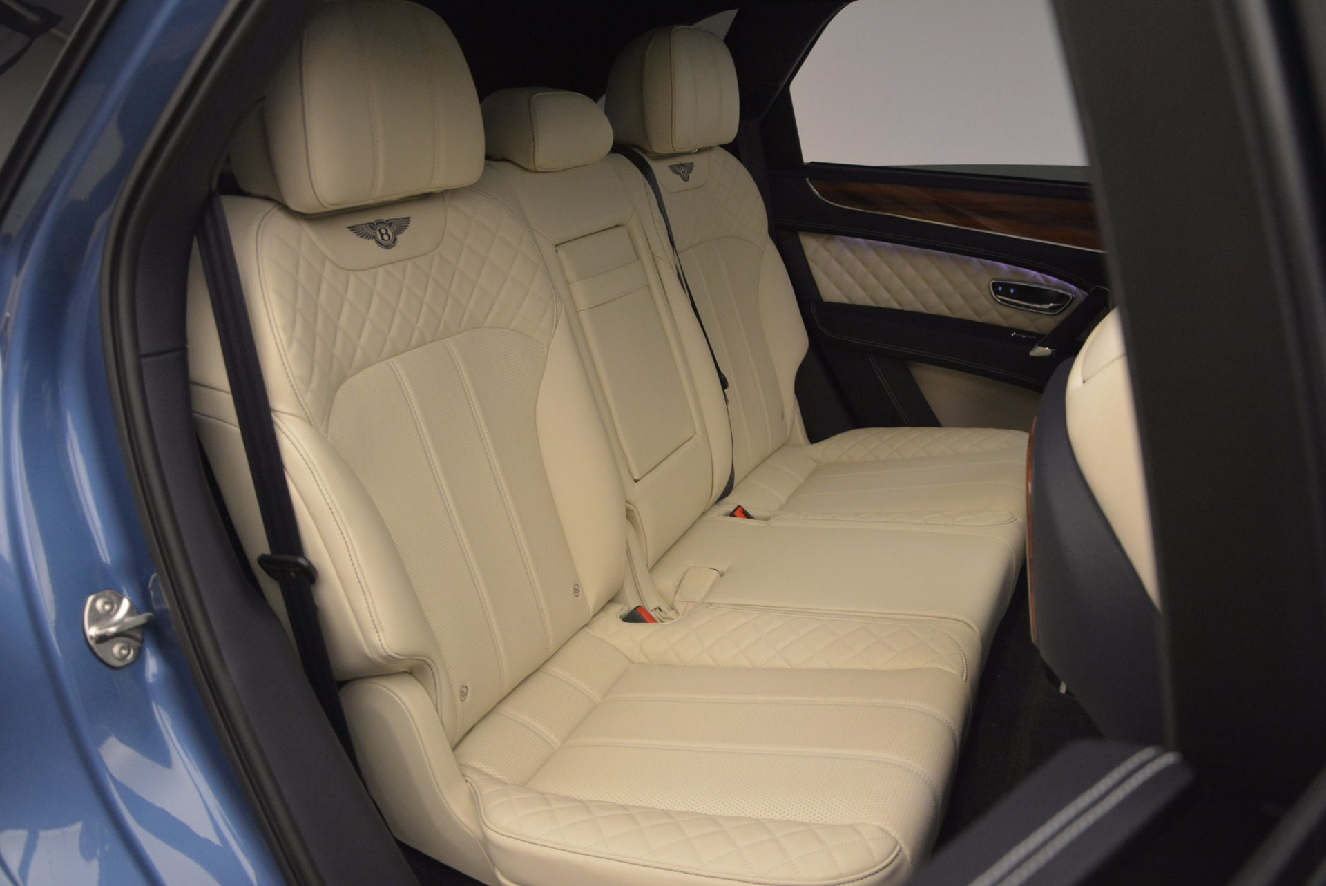 New 2018 Bentley Bentayga  For Sale In Greenwich, CT. Alfa Romeo of Greenwich, B1271 1342_p49