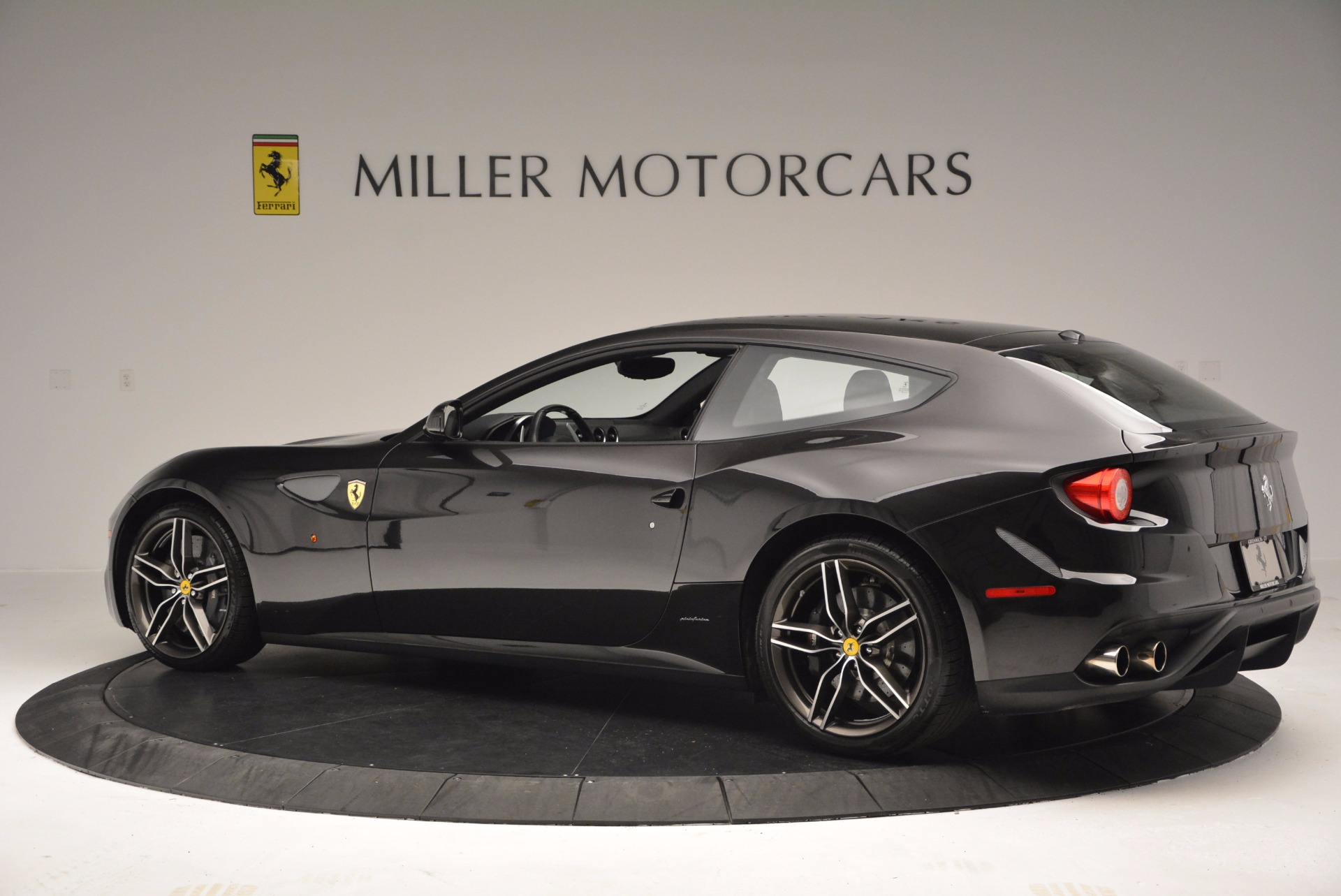 Used 2015 Ferrari FF  For Sale In Greenwich, CT. Alfa Romeo of Greenwich, 4399 1343_p4