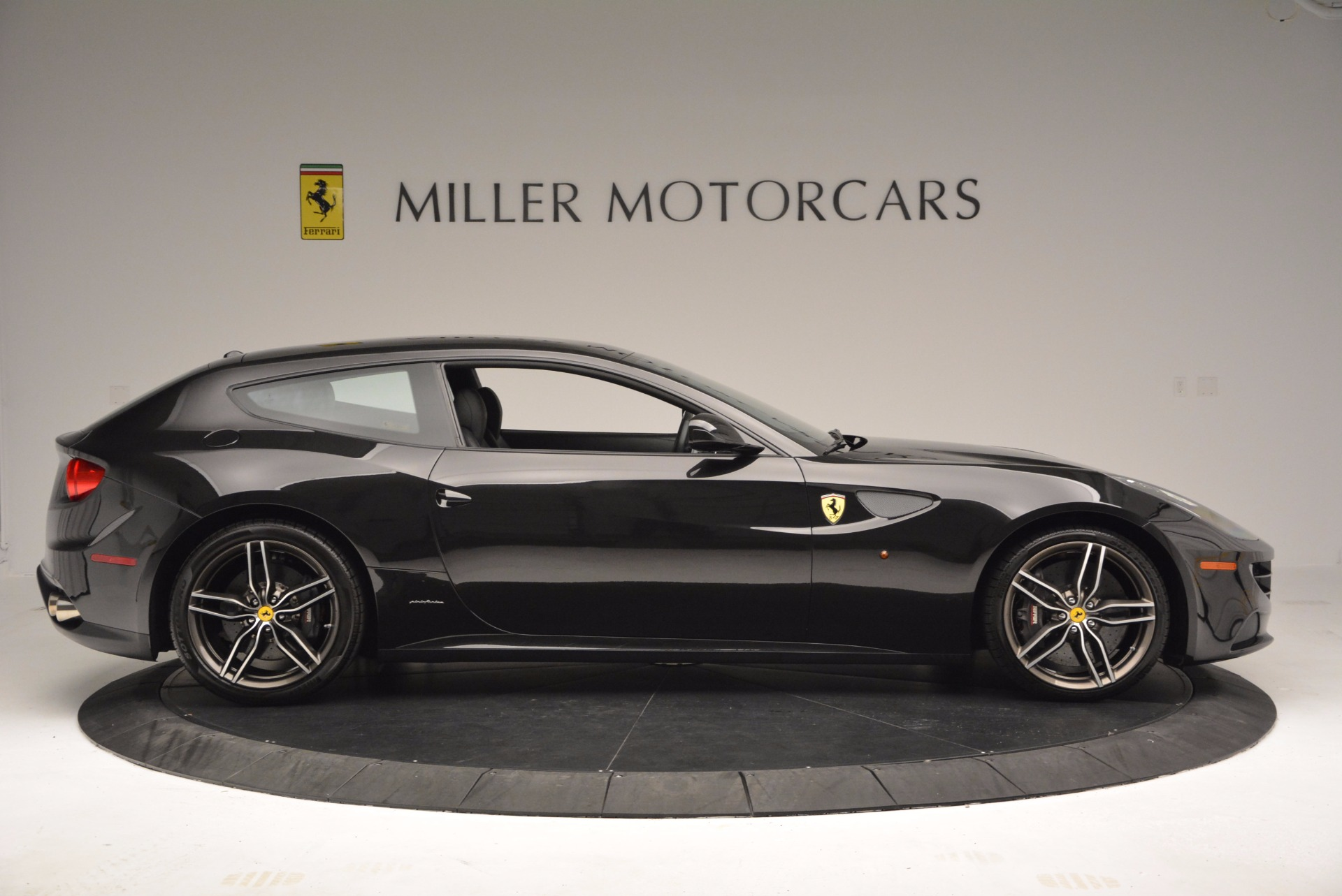 Used 2015 Ferrari FF  For Sale In Greenwich, CT. Alfa Romeo of Greenwich, 4399 1343_p9
