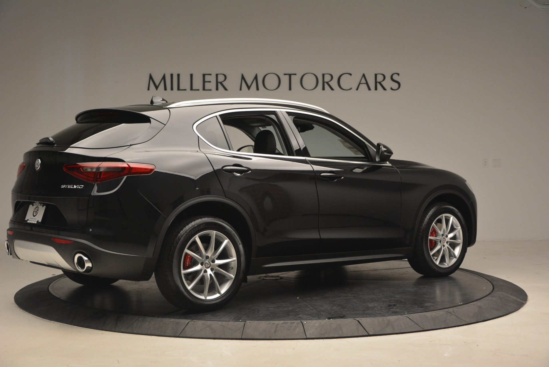 New 2018 Alfa Romeo Stelvio Ti Q4 For Sale In Greenwich, CT. Alfa Romeo of Greenwich, L164 1351_p7