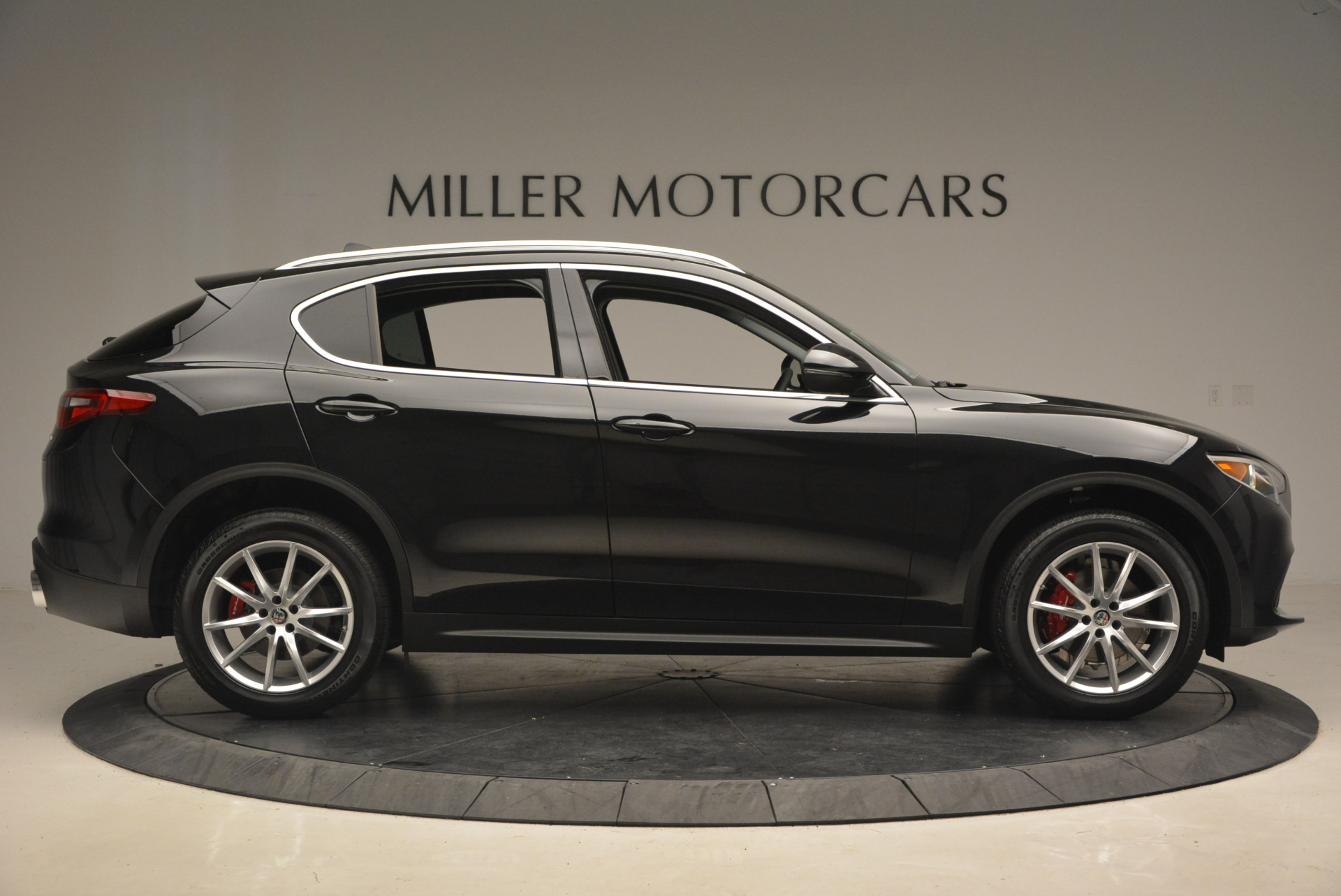 New 2018 Alfa Romeo Stelvio Ti Q4 For Sale In Greenwich, CT. Alfa Romeo of Greenwich, L164 1351_p8