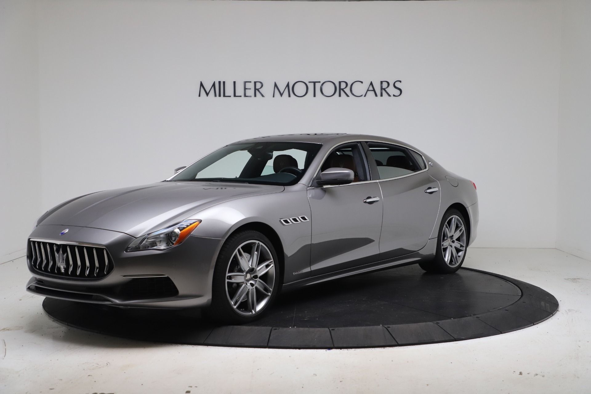 New 2017 Maserati Quattroporte SQ4 GranLusso/ Zegna For Sale In Greenwich, CT. Alfa Romeo of Greenwich, M1890 1355_p2