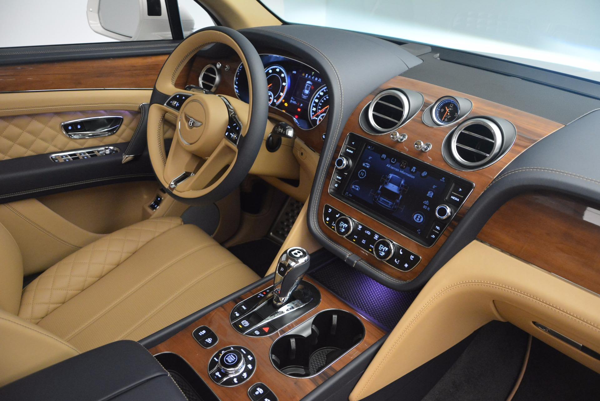 New 2018 Bentley Bentayga W12 Signature For Sale In Greenwich, CT. Alfa Romeo of Greenwich, B1275 1358_p28
