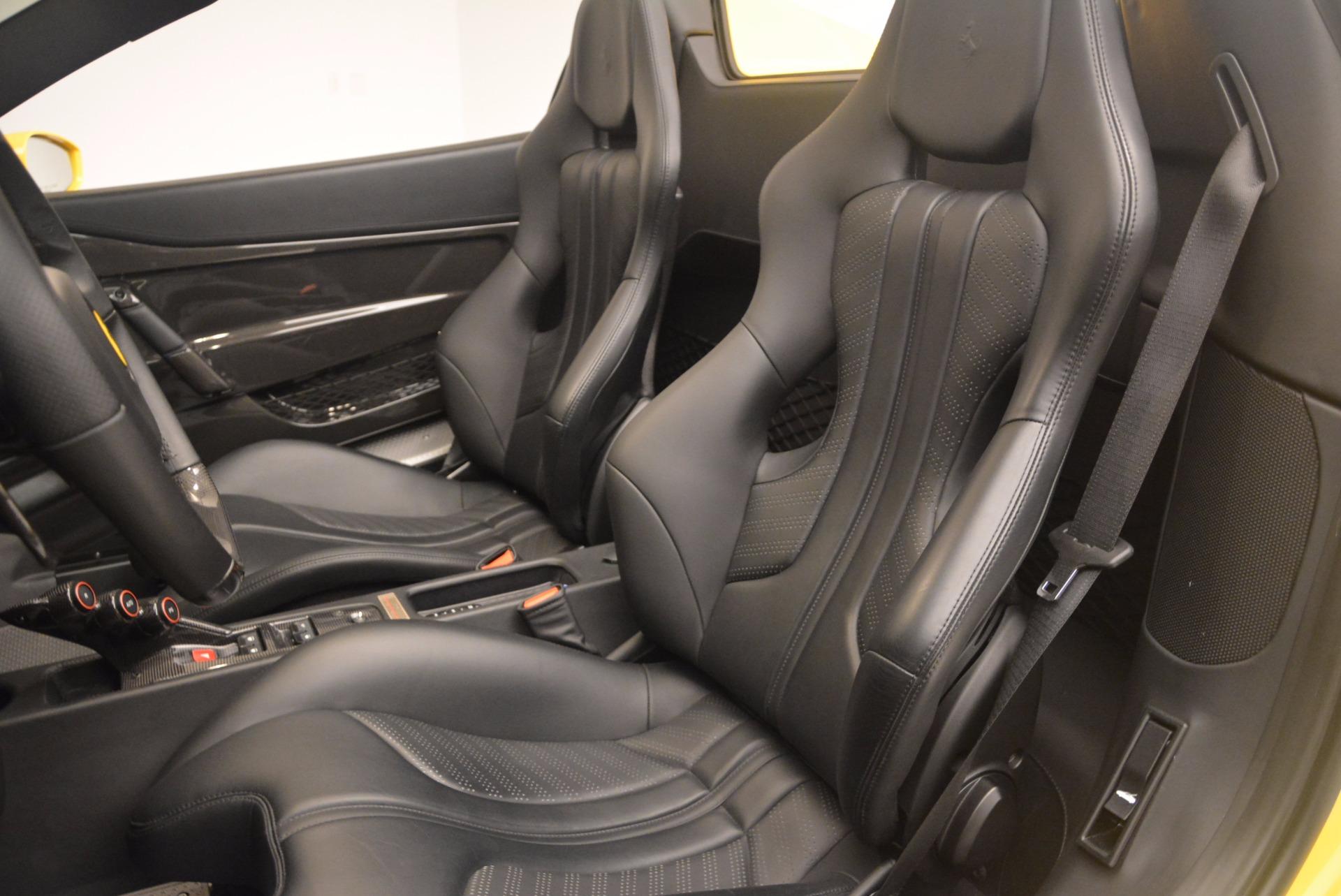 Used 2015 Ferrari 458 Speciale Aperta  For Sale In Greenwich, CT. Alfa Romeo of Greenwich, 4403 1360_p27