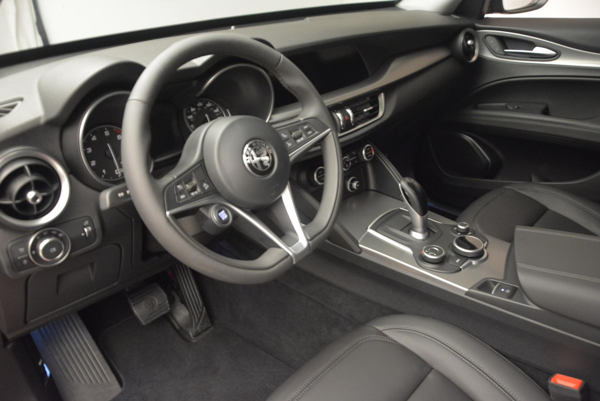 New 2018 Alfa Romeo Stelvio Q4 For Sale In Greenwich, CT. Alfa Romeo of Greenwich, L167 1365_p15