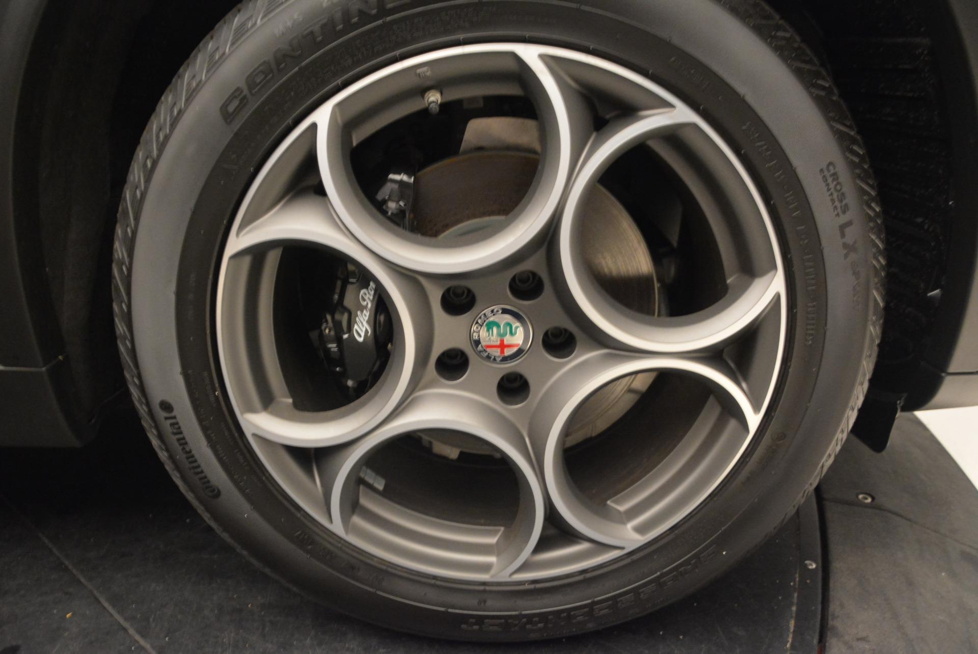 New 2018 Alfa Romeo Stelvio Sport Q4 For Sale In Greenwich, CT. Alfa Romeo of Greenwich, L169 1367_p25