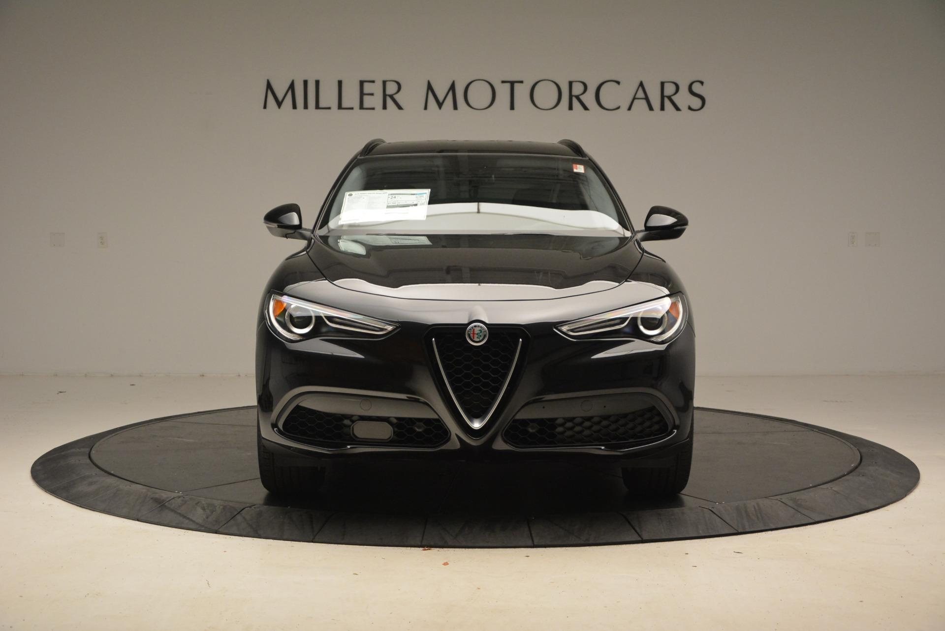 New 2018 Alfa Romeo Stelvio Sport Q4 For Sale In Greenwich, CT. Alfa Romeo of Greenwich, LW004 1369_p12