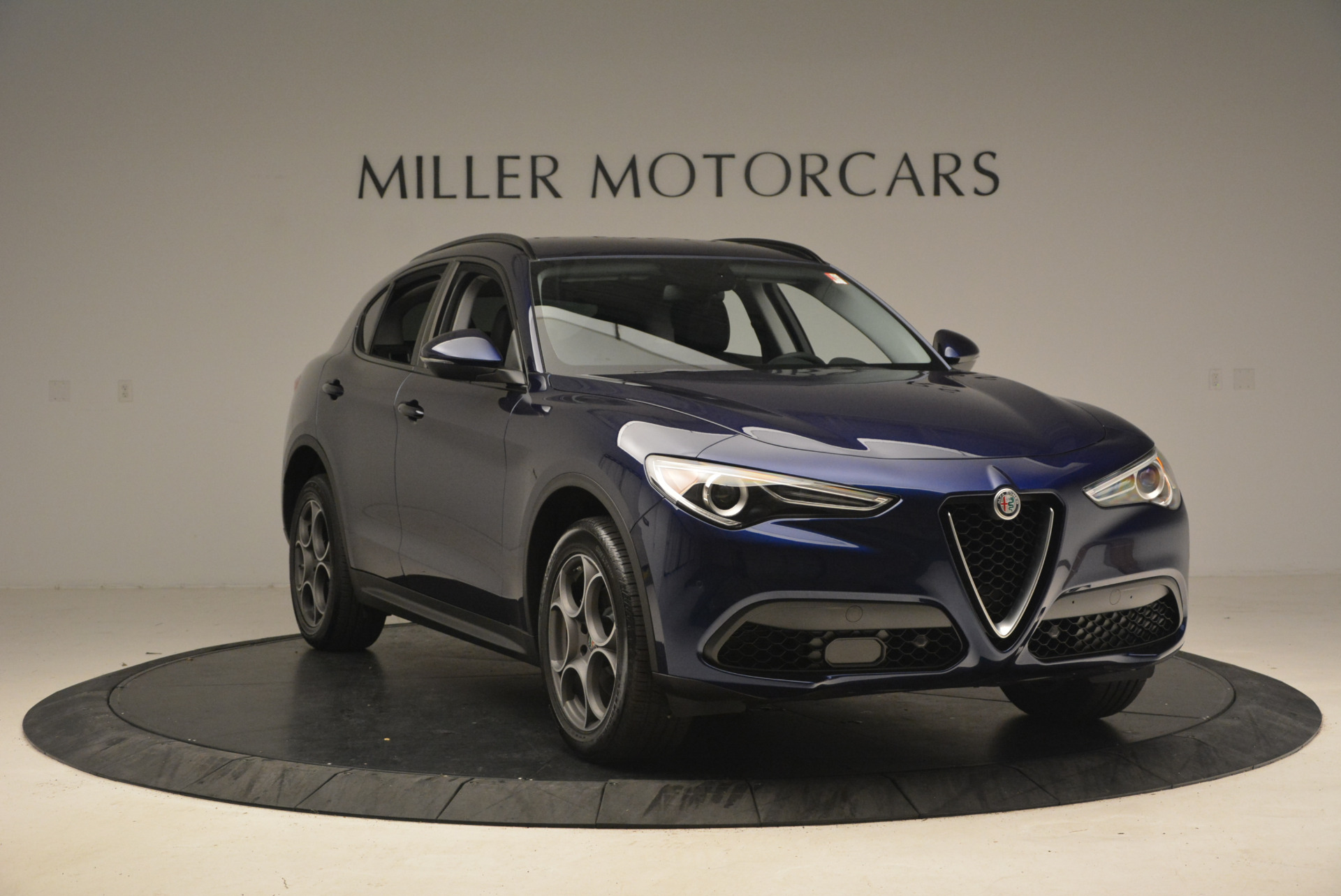 New 2018 Alfa Romeo Stelvio Sport Q4 For Sale In Greenwich, CT. Alfa Romeo of Greenwich, LW005 1375_p12