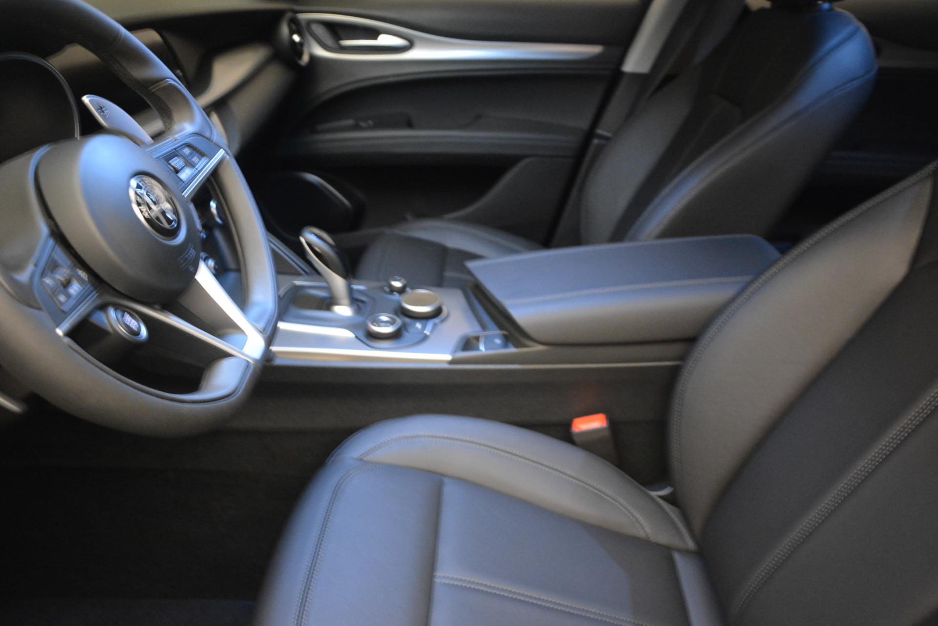 New 2018 Alfa Romeo Stelvio Sport Q4 For Sale In Greenwich, CT. Alfa Romeo of Greenwich, L182 1377_p14
