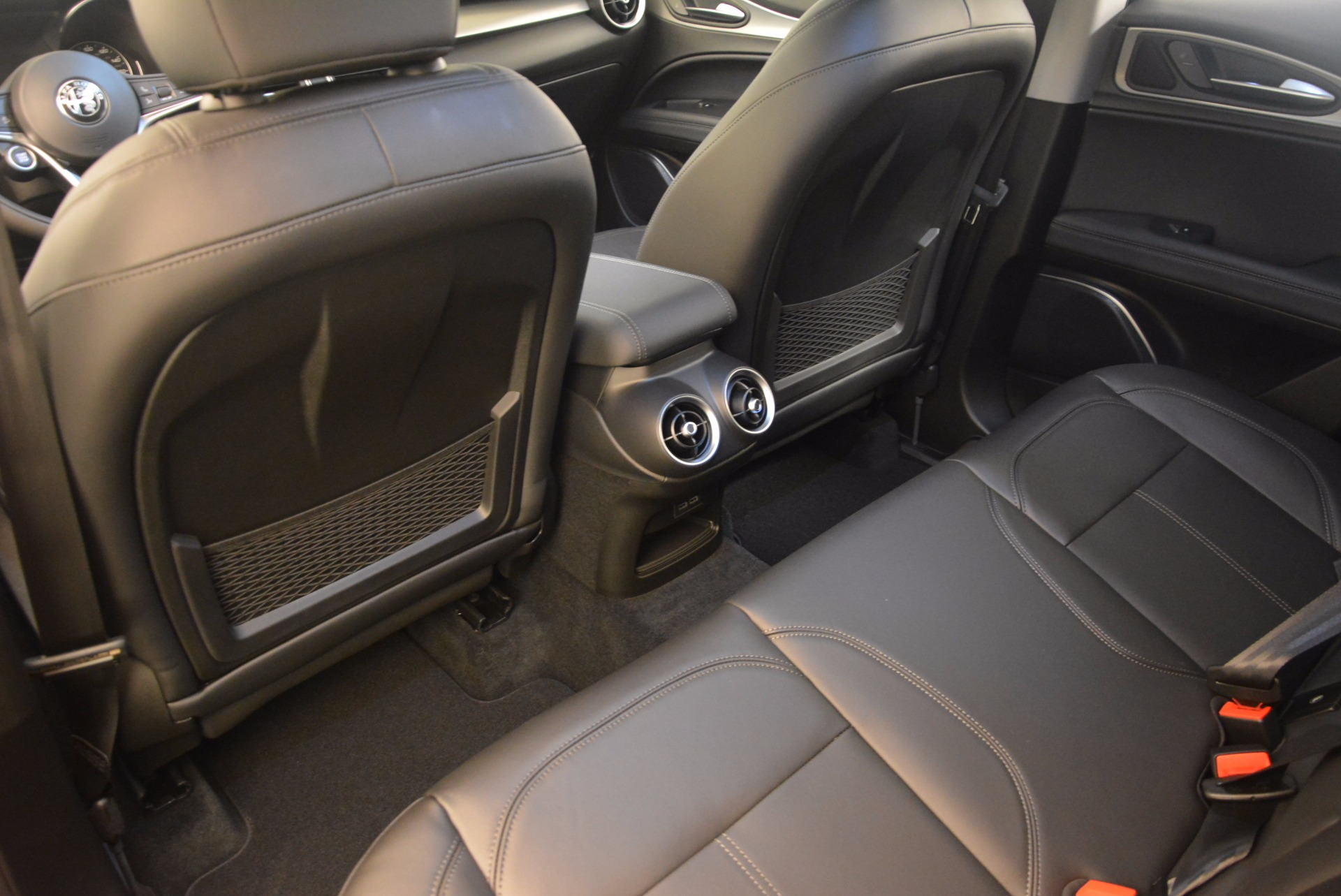 New 2018 Alfa Romeo Stelvio  For Sale In Greenwich, CT. Alfa Romeo of Greenwich, L184 1379_p16