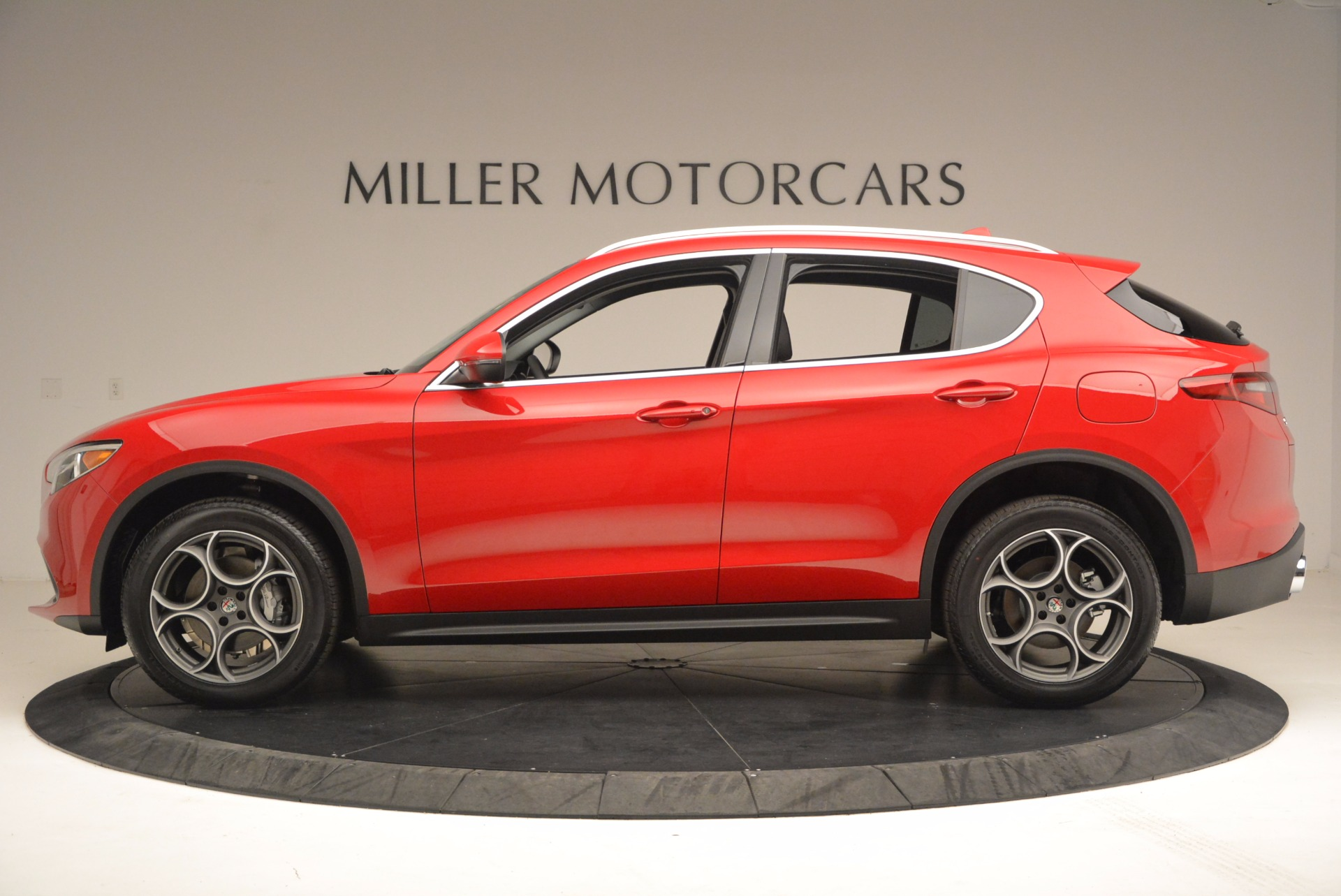 New 2018 Alfa Romeo Stelvio  For Sale In Greenwich, CT. Alfa Romeo of Greenwich, L184 1379_p3