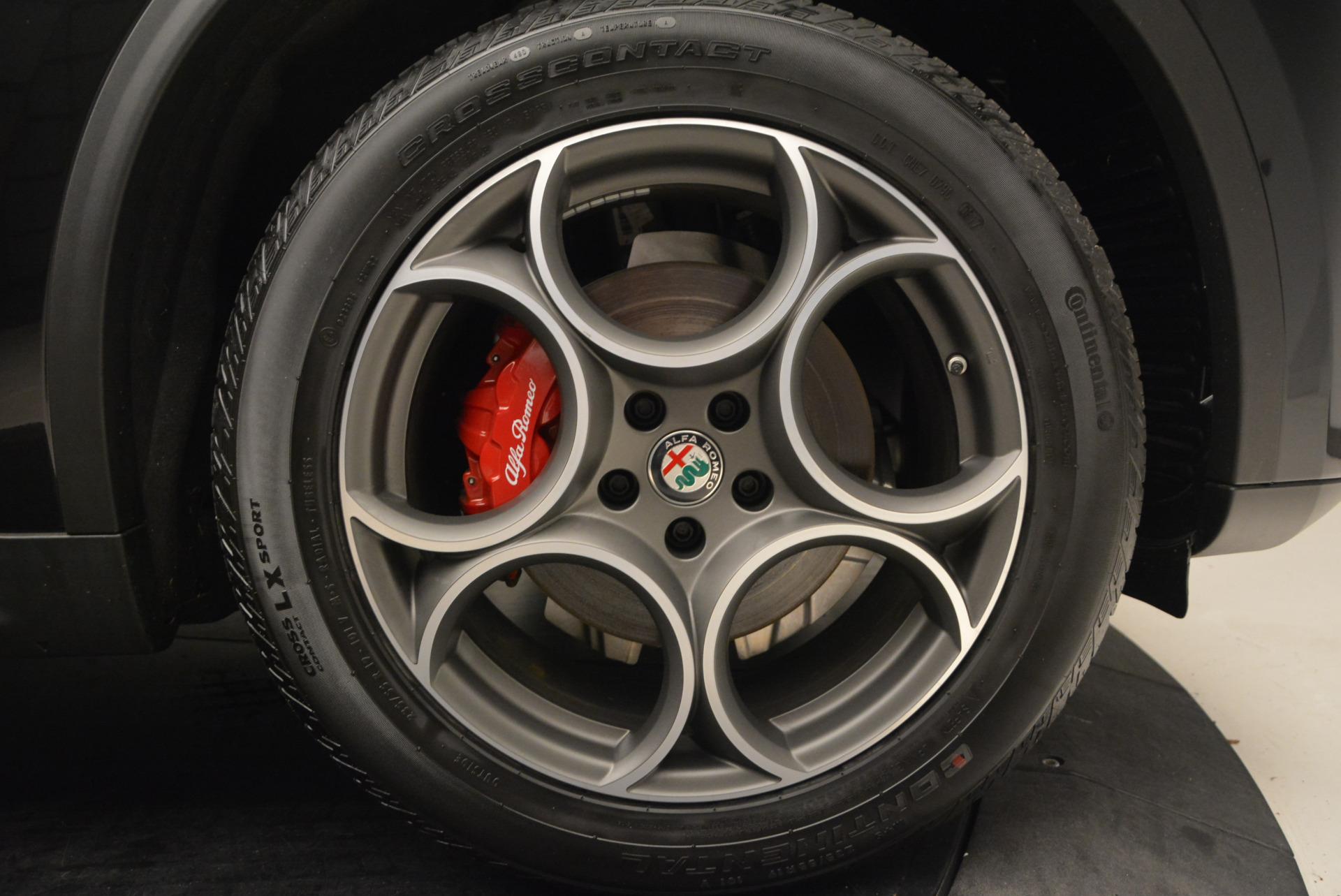 New 2018 Alfa Romeo Stelvio Sport Q4 For Sale In Greenwich, CT. Alfa Romeo of Greenwich, L185 1380_p25