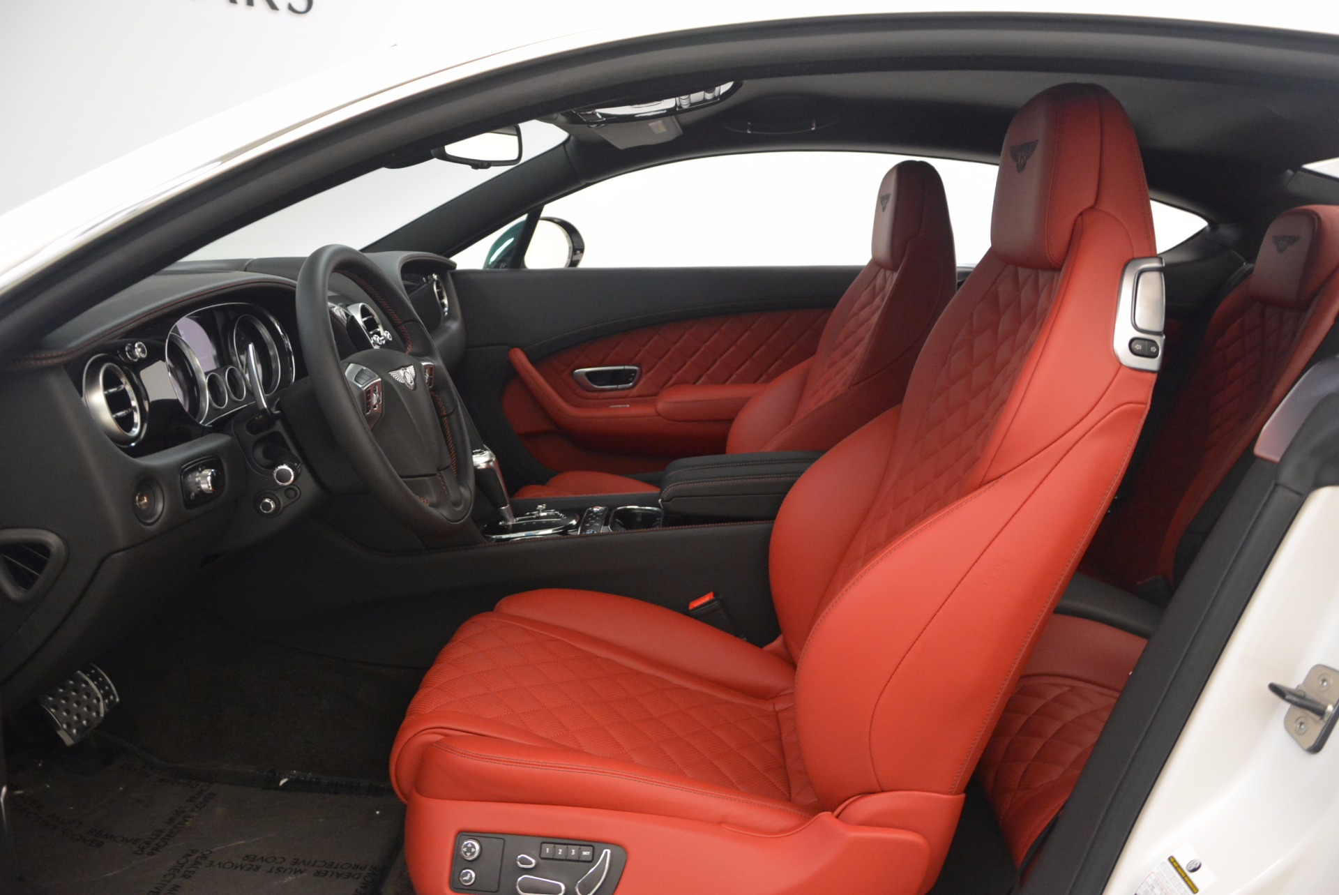 New 2017 Bentley Continental GT V8 S For Sale In Greenwich, CT. Alfa Romeo of Greenwich, B1277 1384_p23
