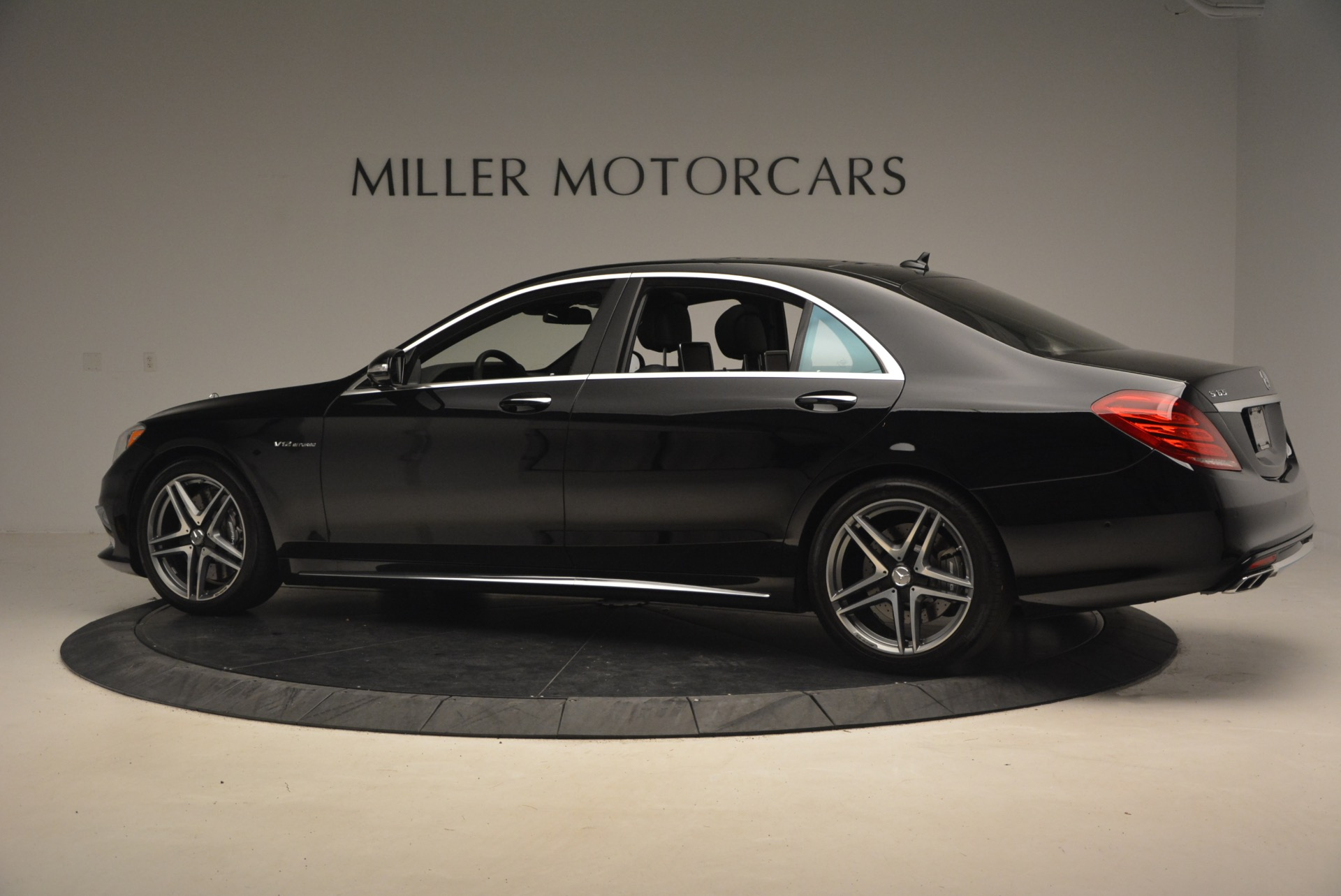 Used 2015 Mercedes-Benz S-Class S 65 AMG For Sale In Greenwich, CT. Alfa Romeo of Greenwich, B1210A 1386_p4