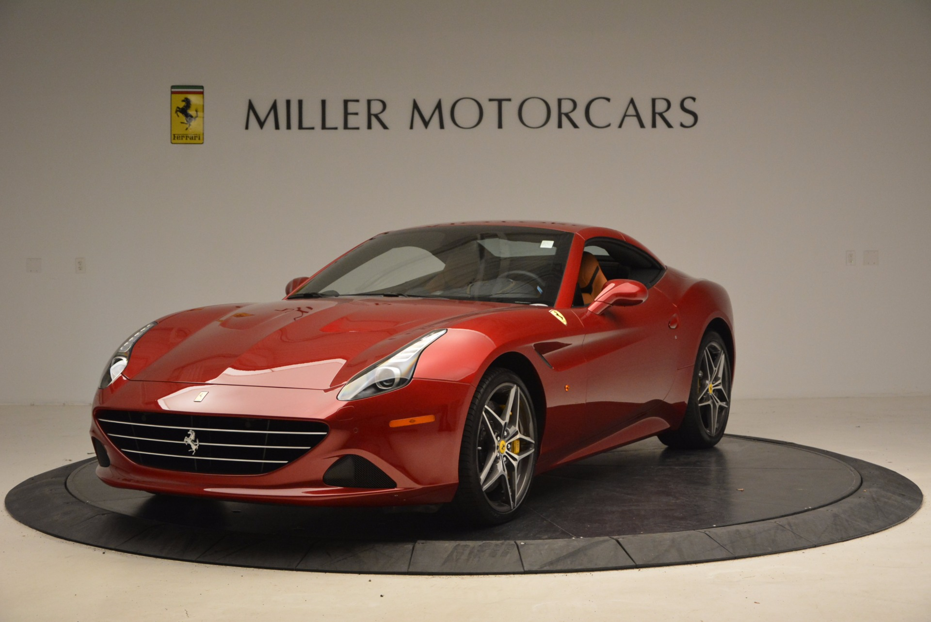 Used 2017 Ferrari California T  For Sale In Greenwich, CT. Alfa Romeo of Greenwich, F1794B 1395_p13