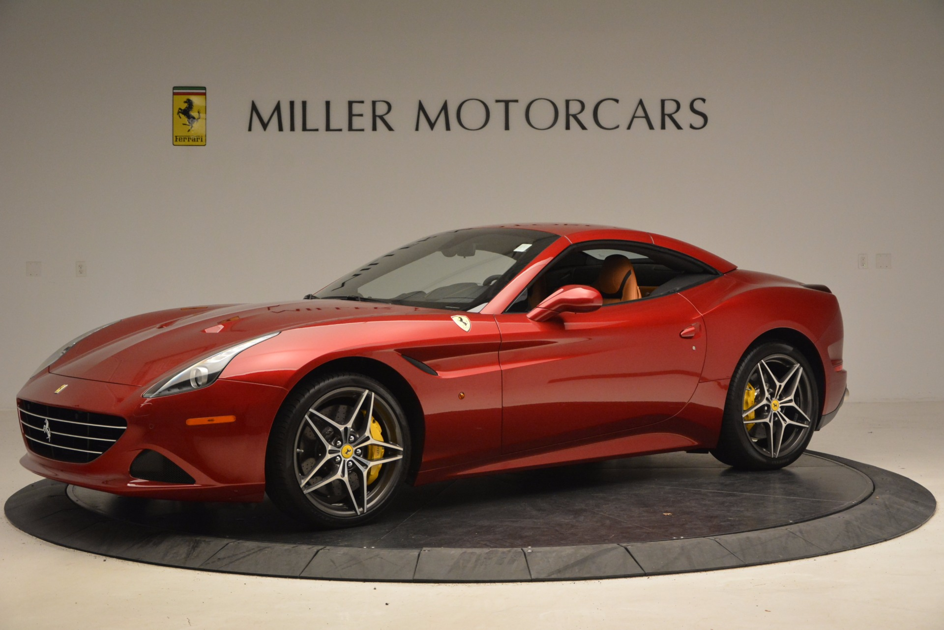 Used 2017 Ferrari California T  For Sale In Greenwich, CT. Alfa Romeo of Greenwich, F1794B 1395_p14